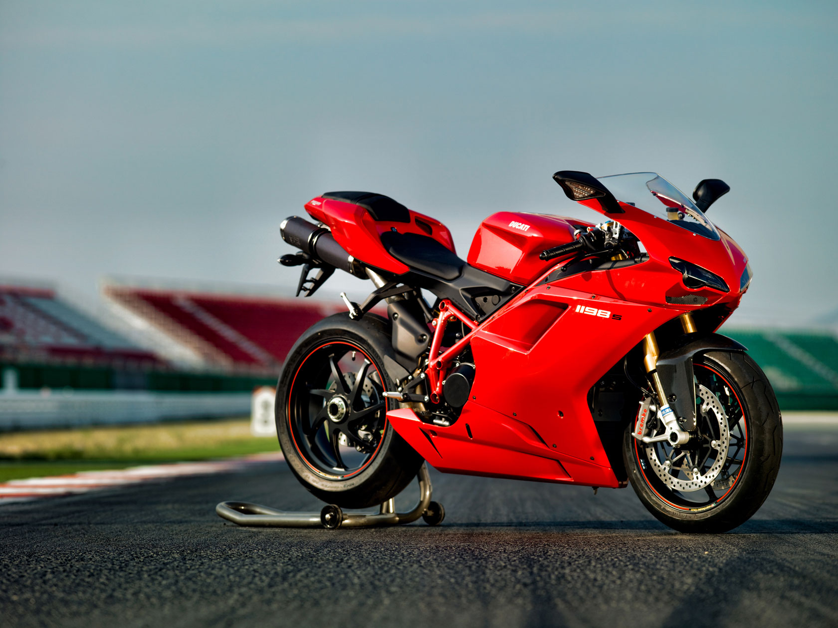 Ducati Superbike 1198 2010 wallpapers #13057