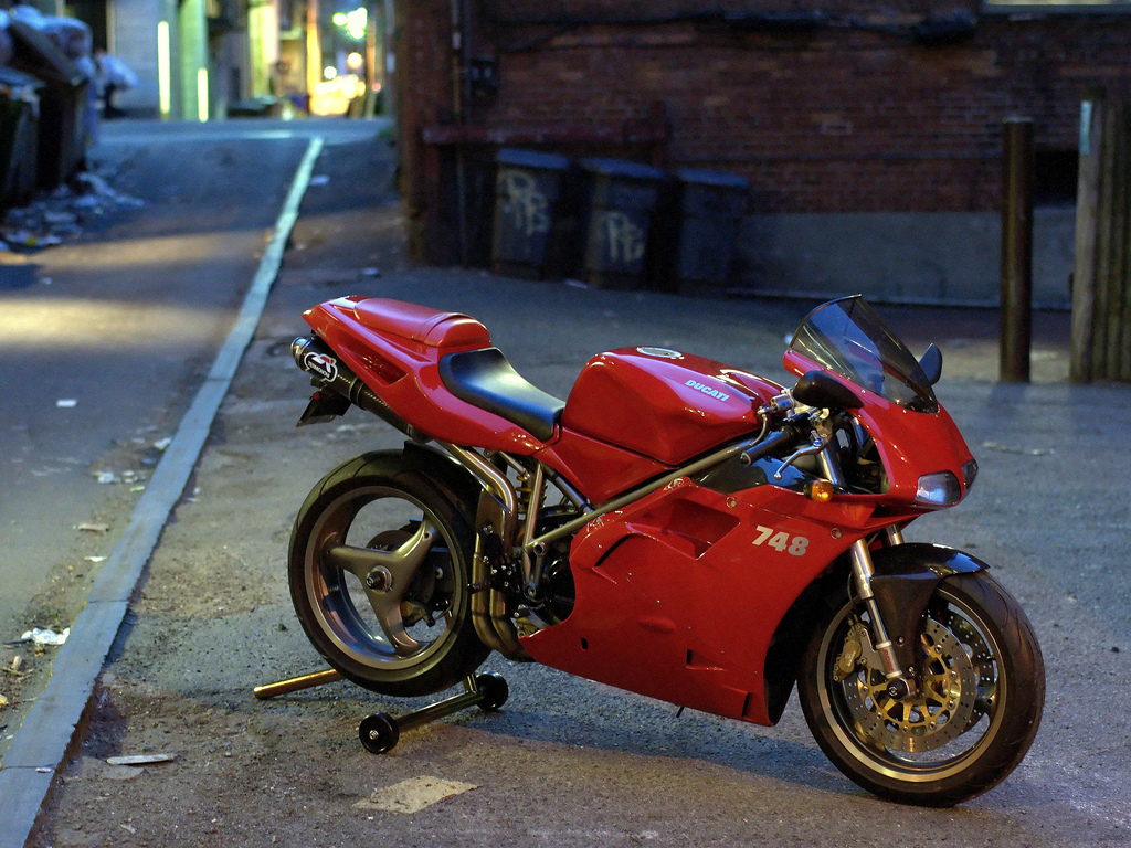 Ducati 748 Biposto 1996 wallpapers #14146
