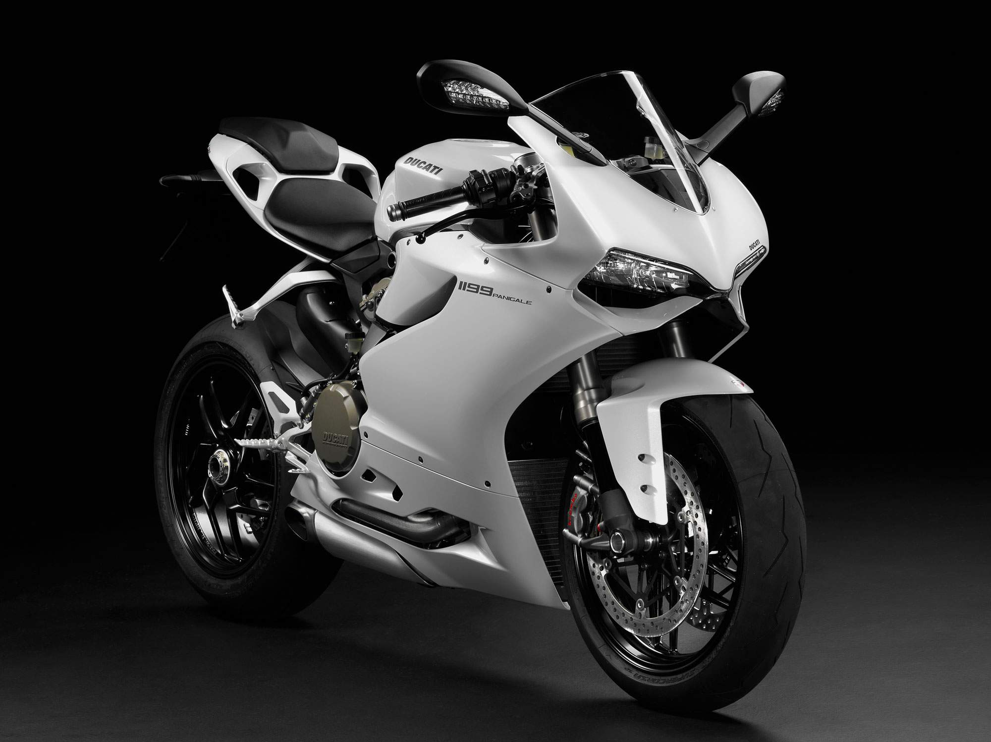 Ducati Superbike 1199 Panigale R 2013 wallpapers #13357