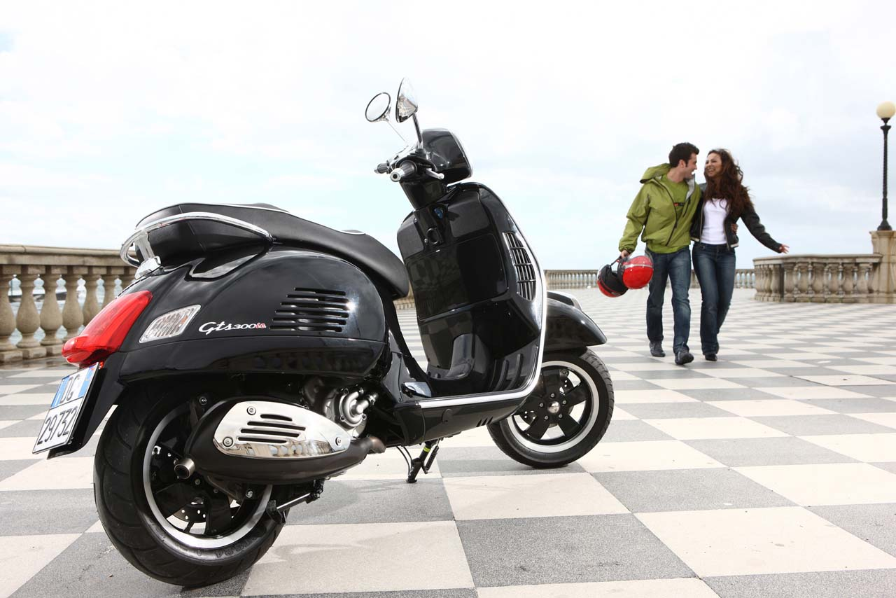 Vespa GTS SuperSport 125 ie 2011 images #129013