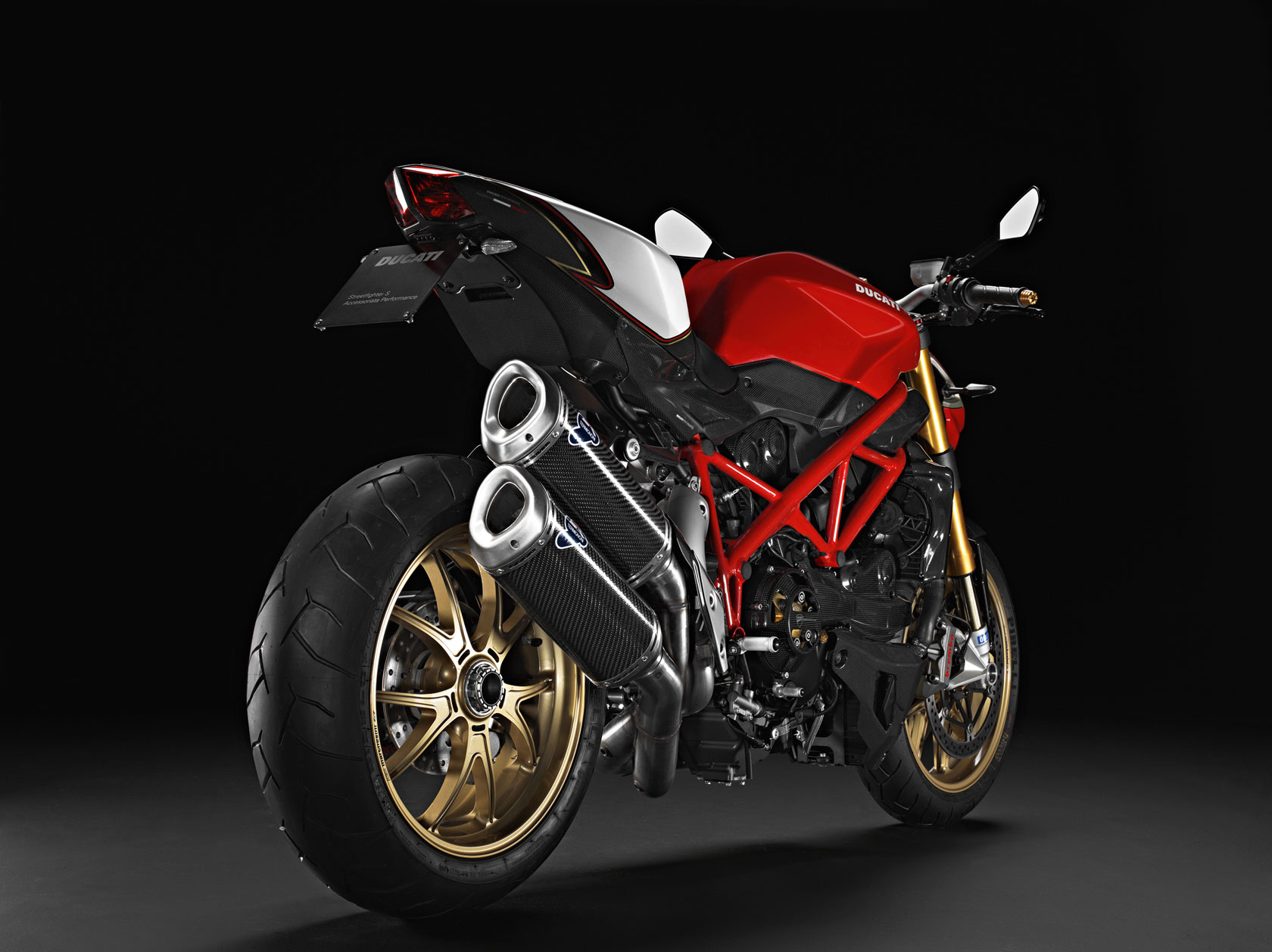 Ducati Streetfighter S 2013 wallpapers #12859