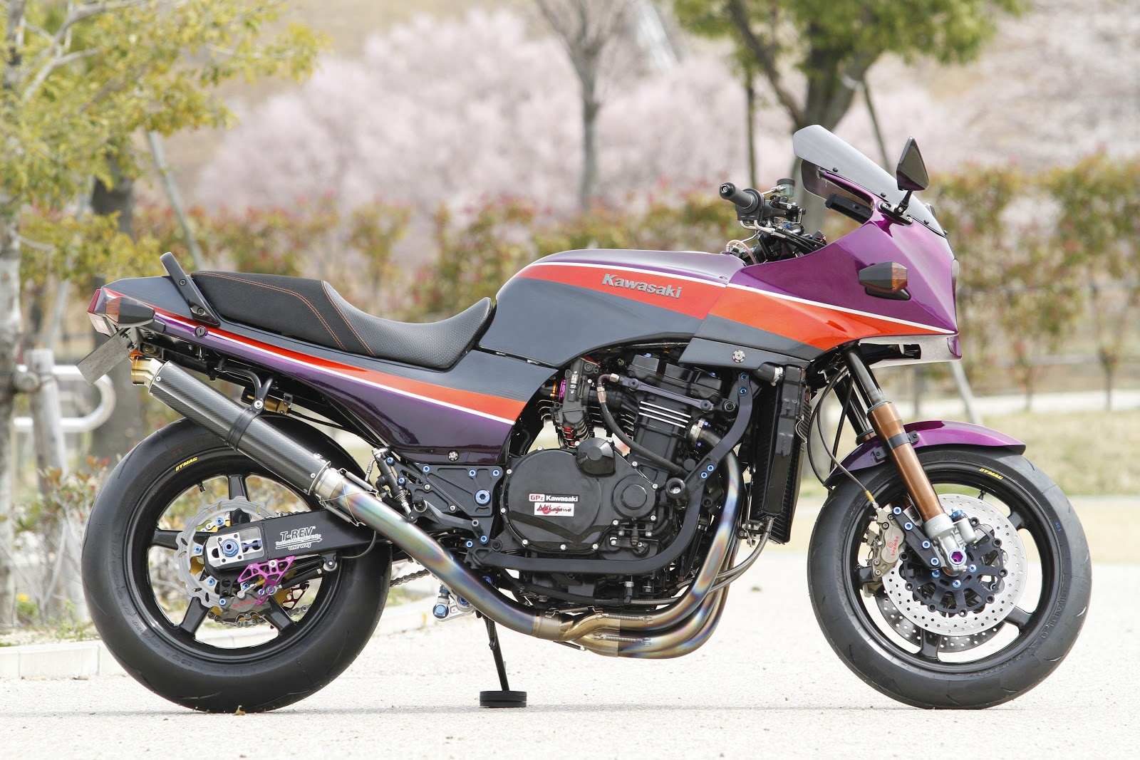 Kawasaki GPZ 900 R 1991 wallpapers #142602