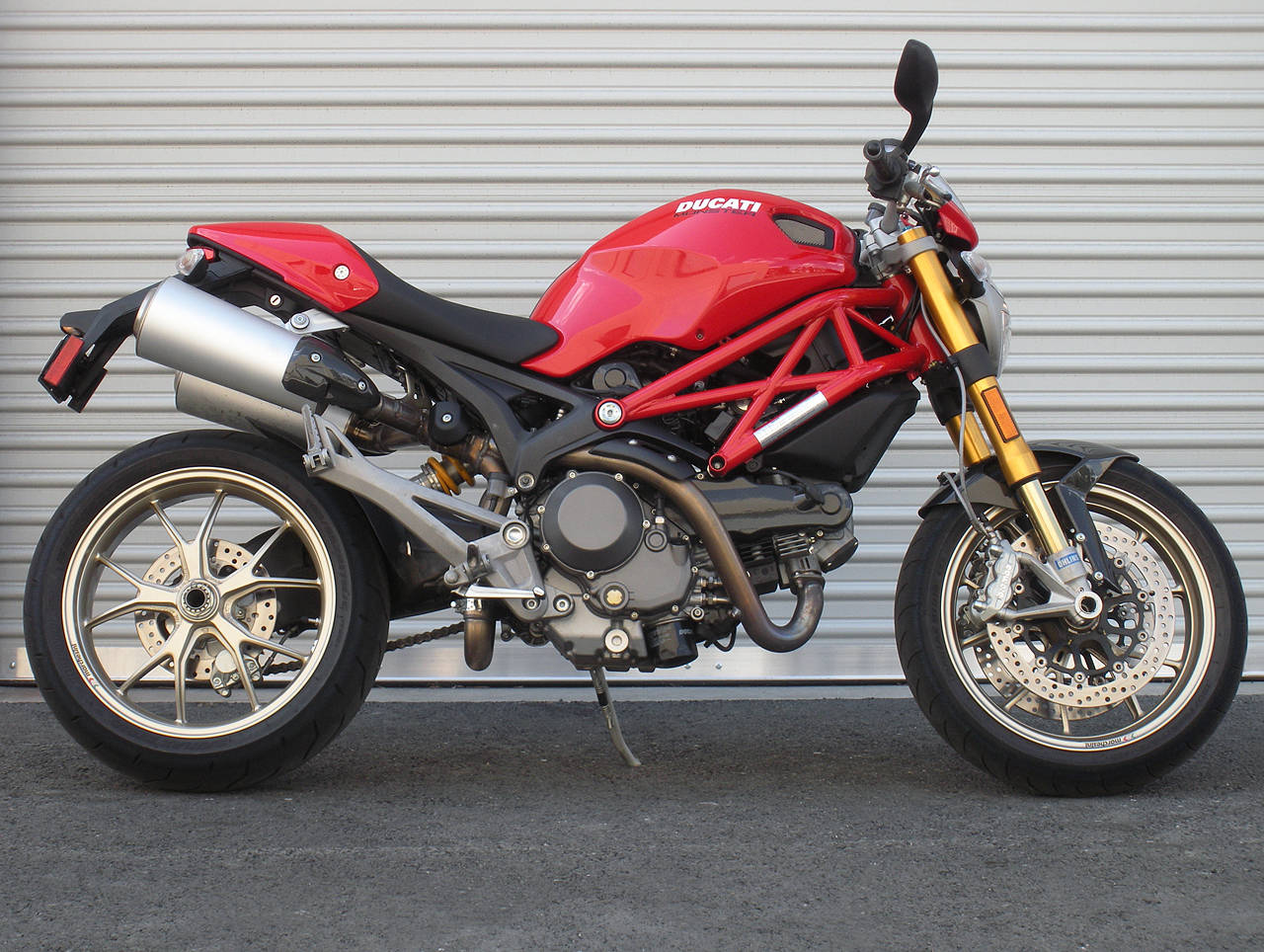 Ducati Monster 1100 2009 wallpapers #12165