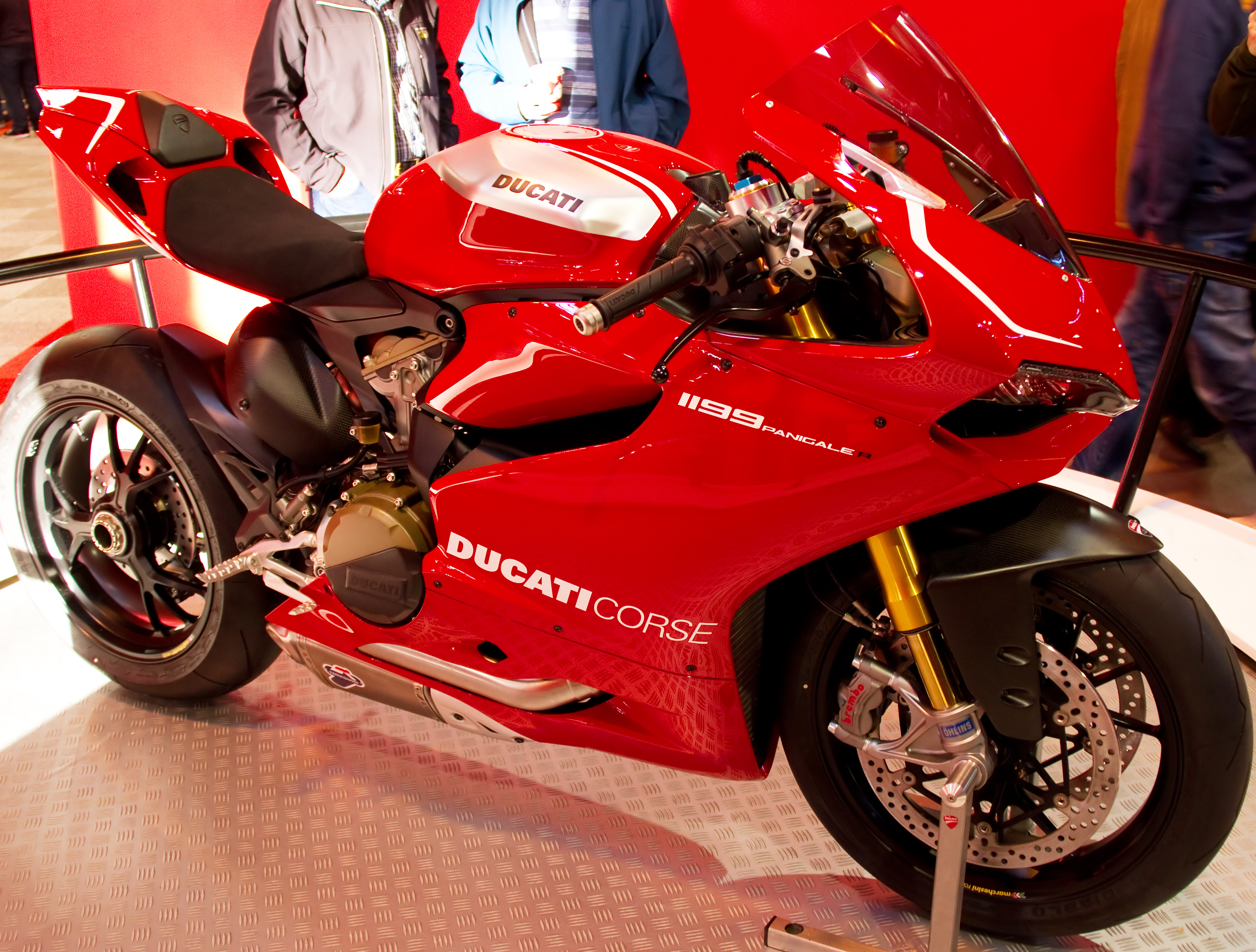 Ducati Superbike 1199 Panigale R 2013 wallpapers #13359
