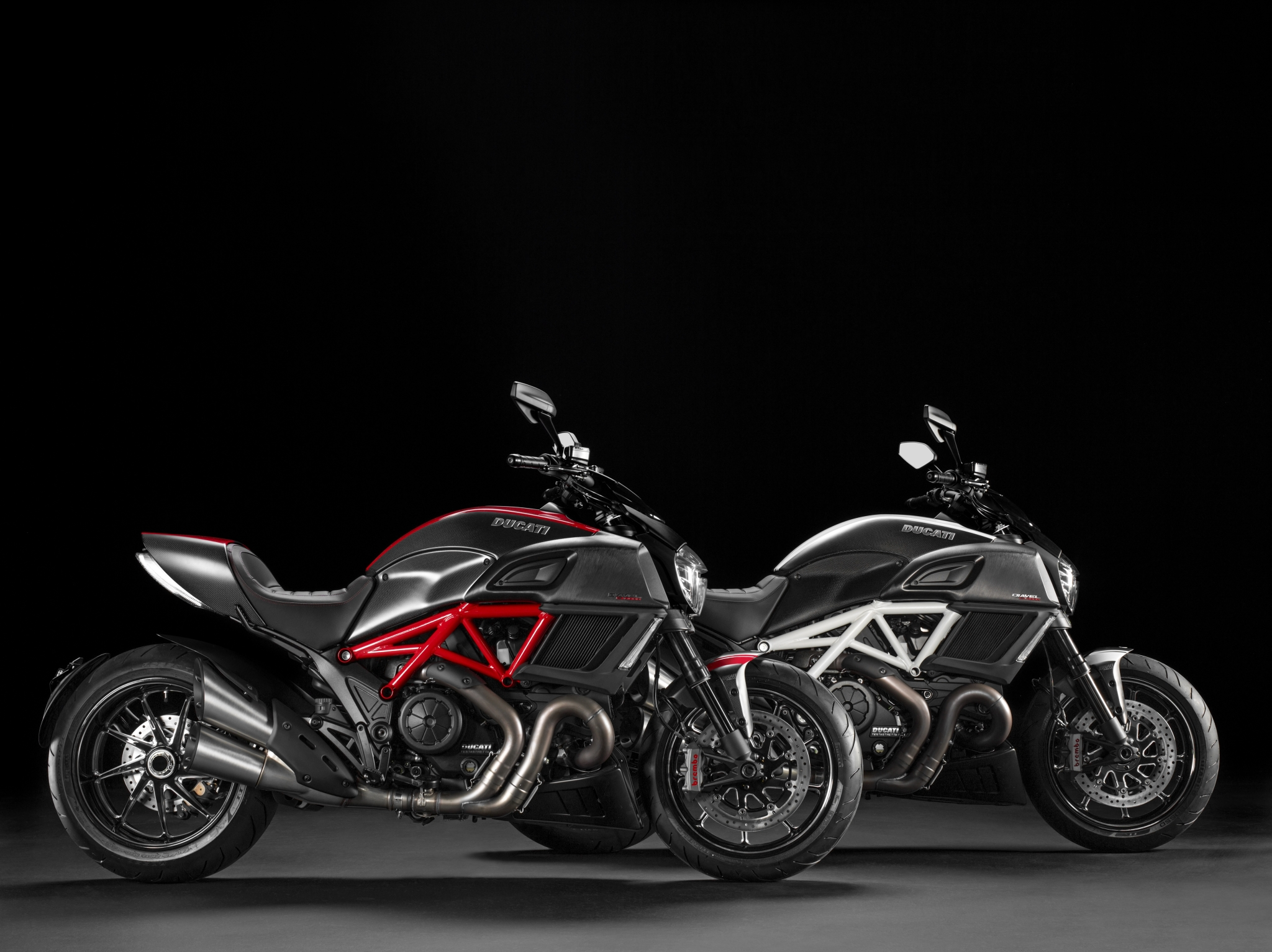 Ducati Diavel Strada 2013 wallpapers #12762