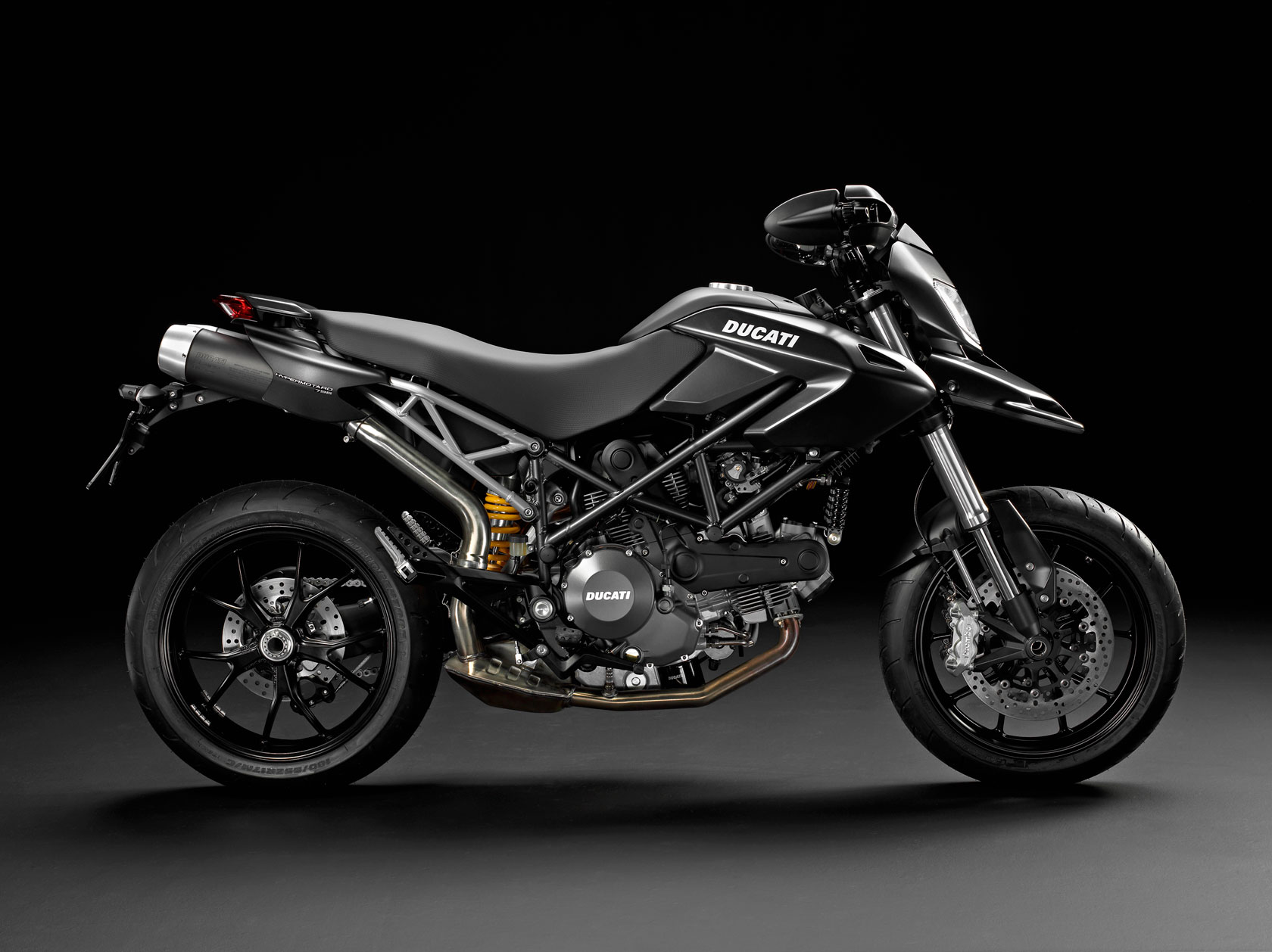 Ducati Hypermotard 796 2011 images #79576