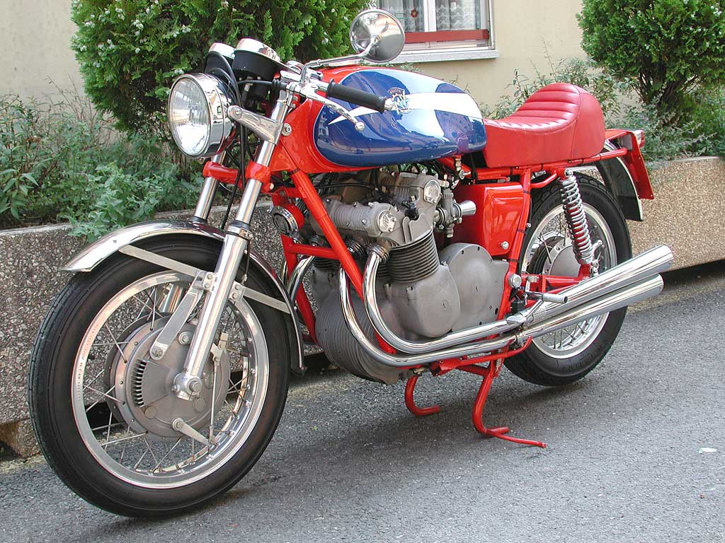 MV Agusta 750 S 1972 images #113236