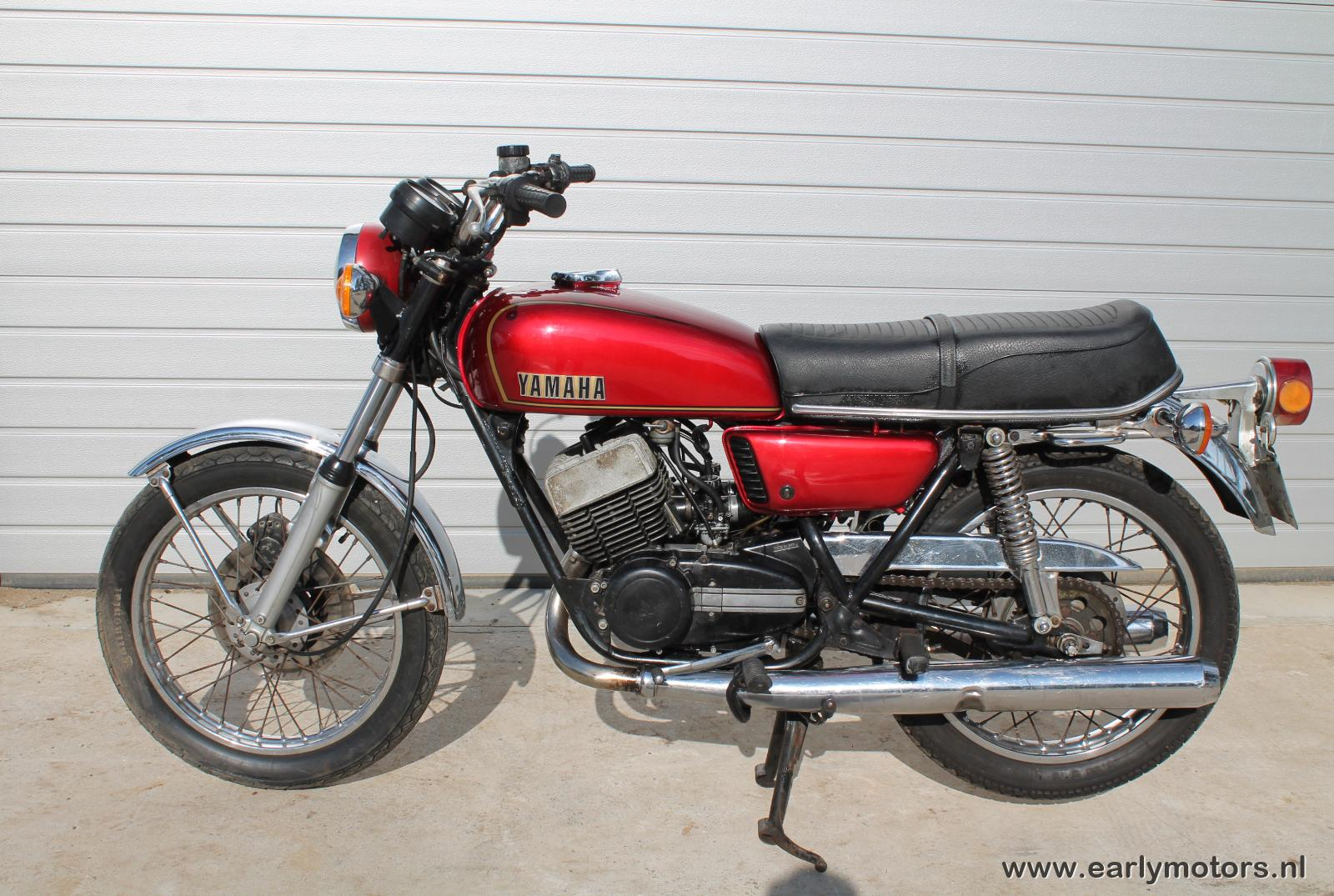 1974 yamaha rd 350 pics specs and information. Black Bedroom Furniture Sets. Home Design Ideas