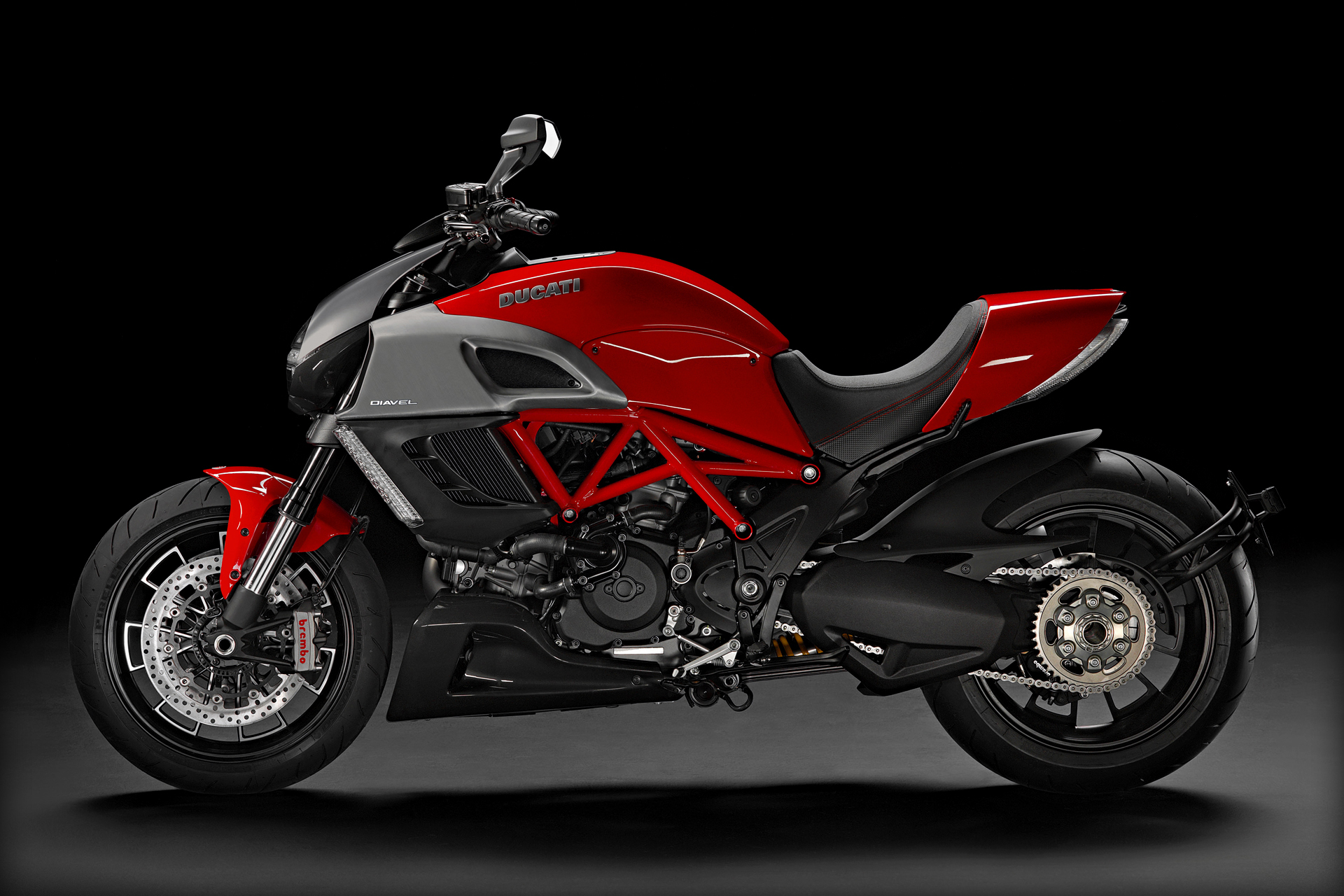Ducati Diavel Strada Pics Specs And List Of Seriess By Year  Onlymotorbikescom