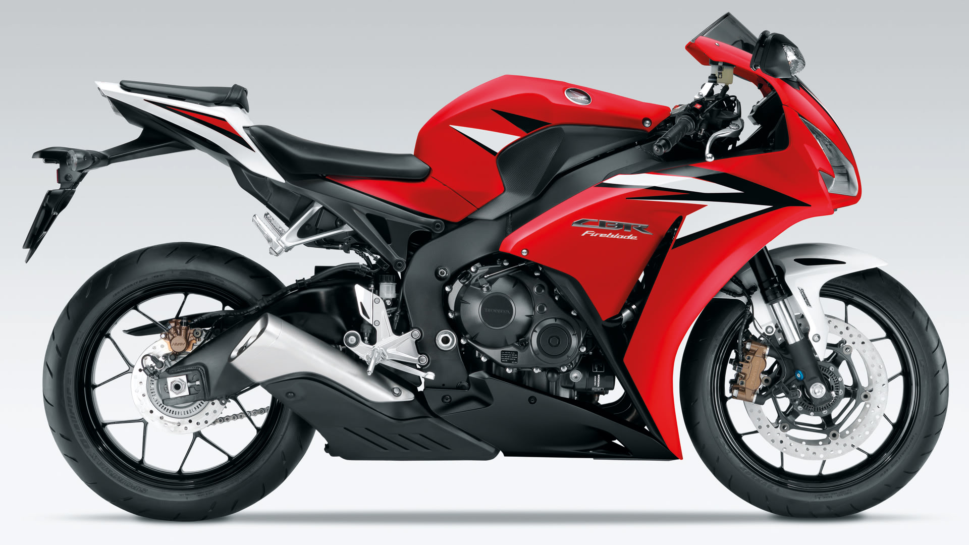 honda cbr 400 r pics specs and list of seriess by year