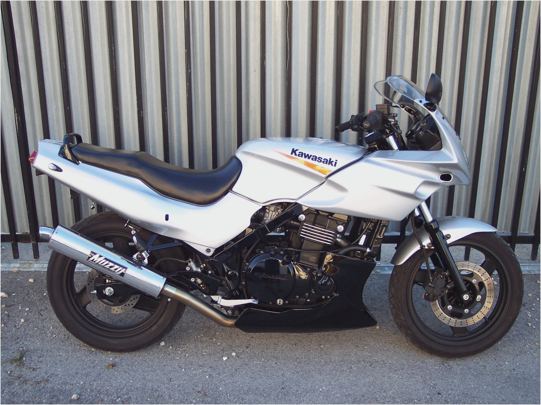 Kawasaki GPZ 500 S (reduced effect) pics #30922