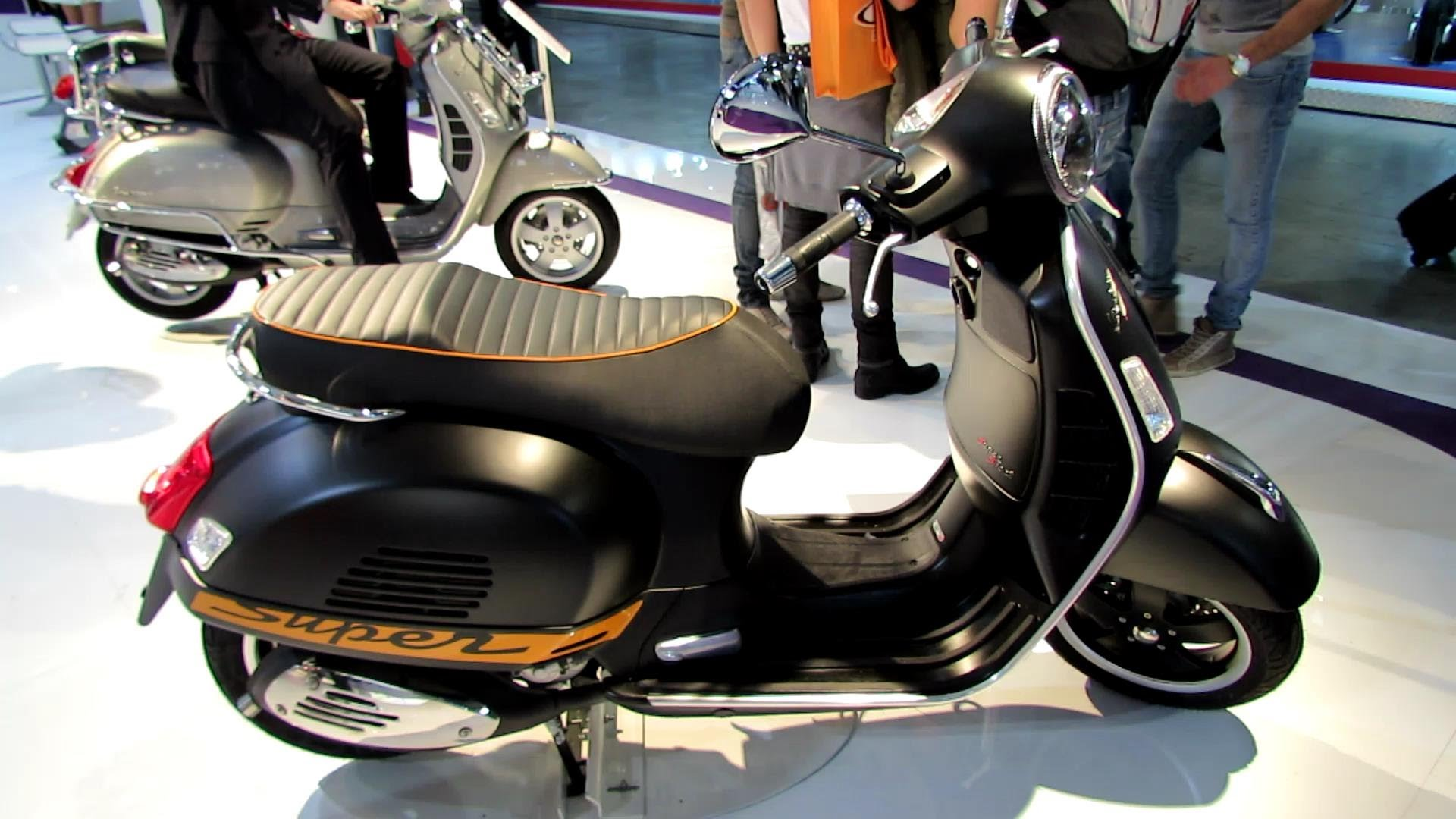 Vespa GTS SuperSport 125 ie 2011 images #129017