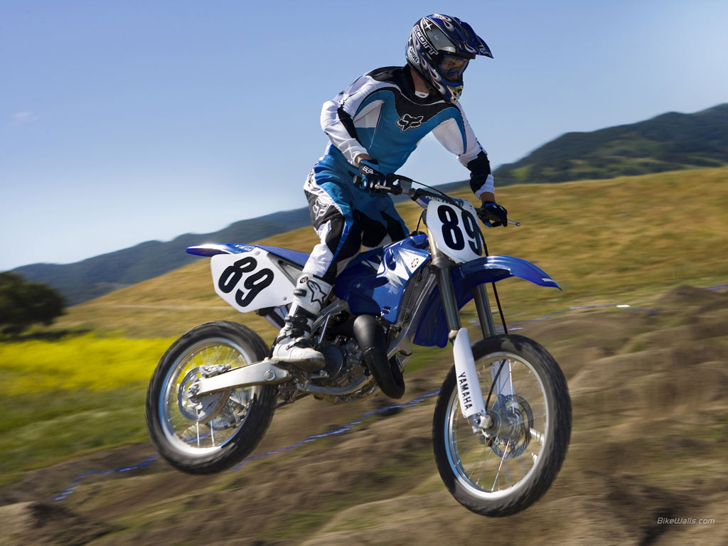 1996 yamaha yz 125 pics specs and information. Black Bedroom Furniture Sets. Home Design Ideas
