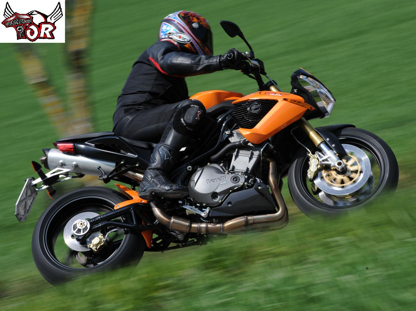 Benelli TnT 899 S: Pics, Specs And List Of Seriess By Year