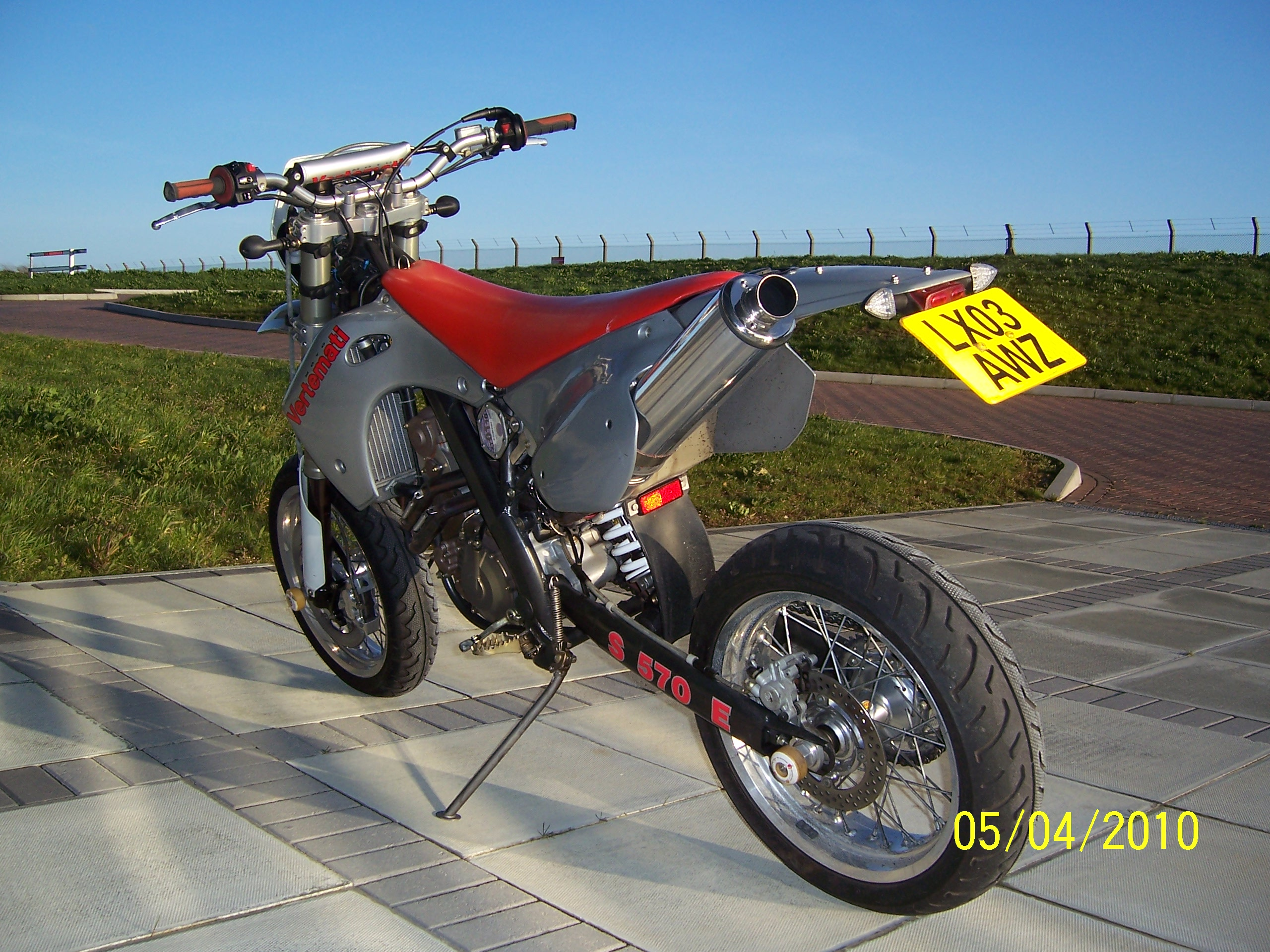 Vertemati E 570 E Enduro 2004 wallpapers #160059