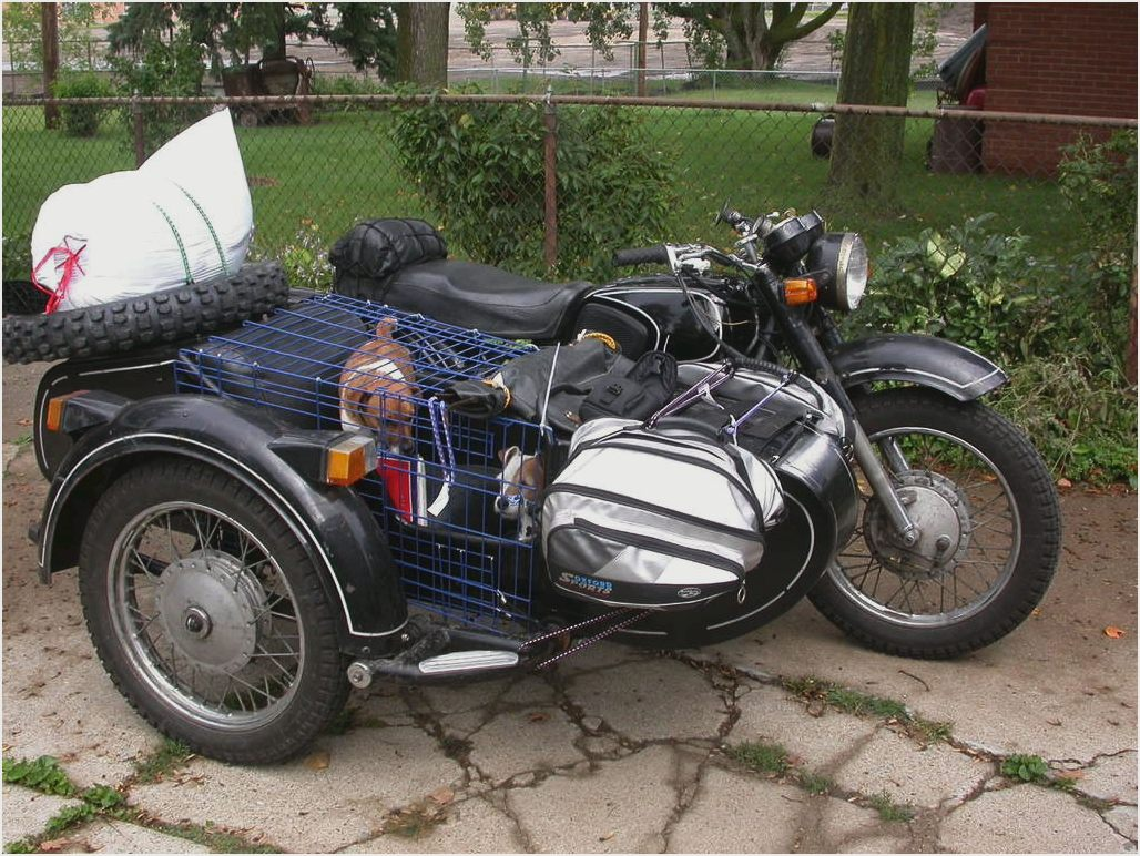 Dnepr MT 10 with sidecar 1978 images #71946