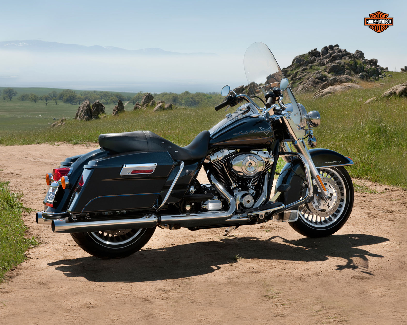 Harley-Davidson FLHR Road King 110th Anniversary 2013 images #81565