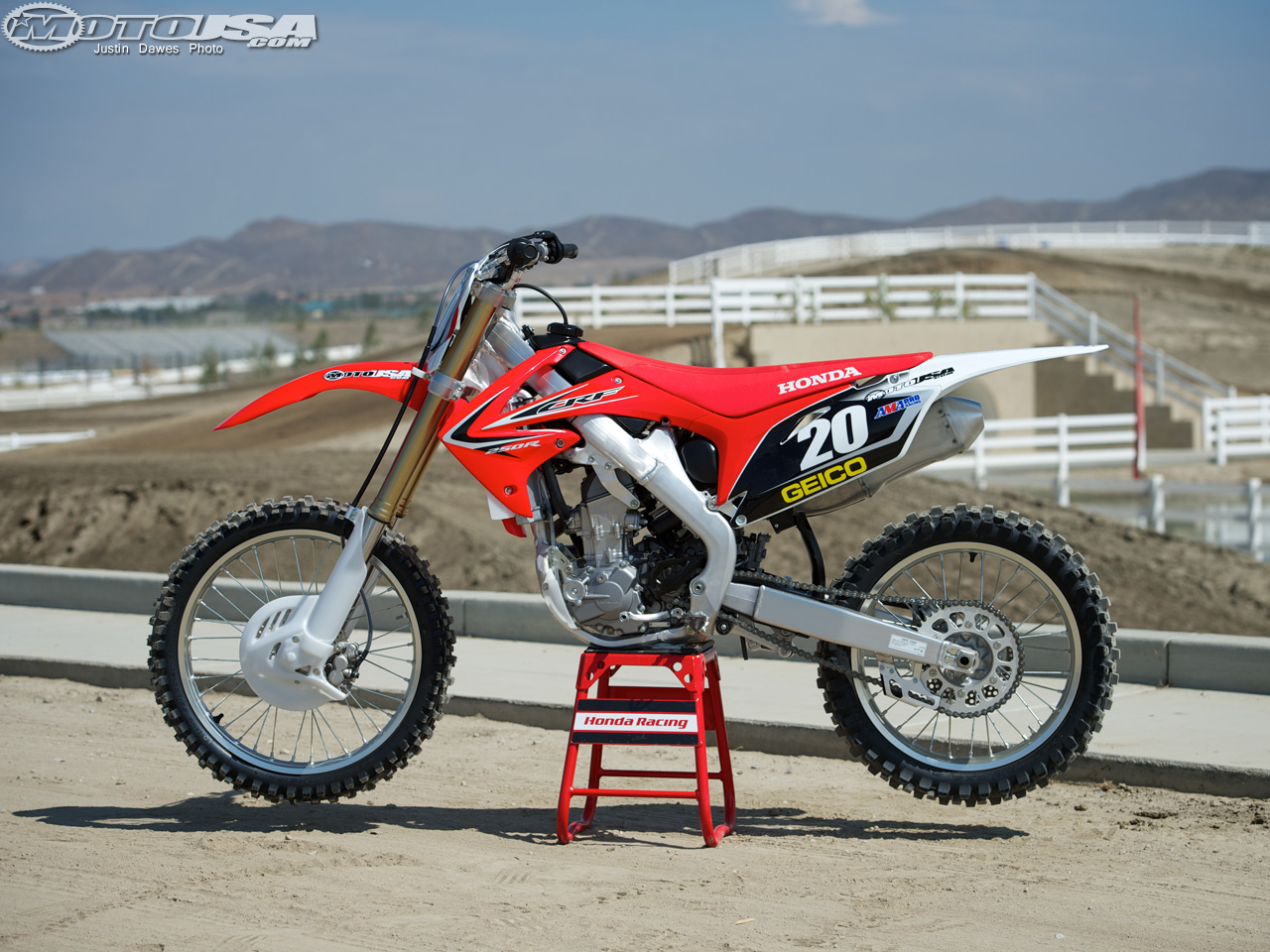2013 honda crf 250 r pic 18. Black Bedroom Furniture Sets. Home Design Ideas