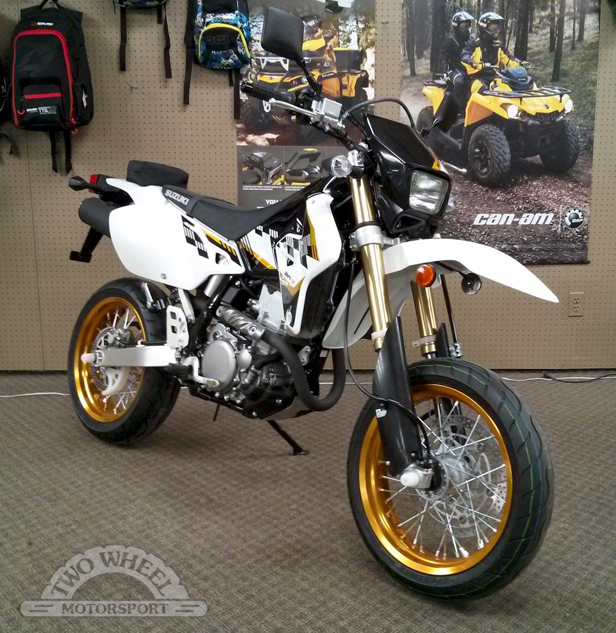 2009 suzuki dr z 400 sm pics specs and information. Black Bedroom Furniture Sets. Home Design Ideas