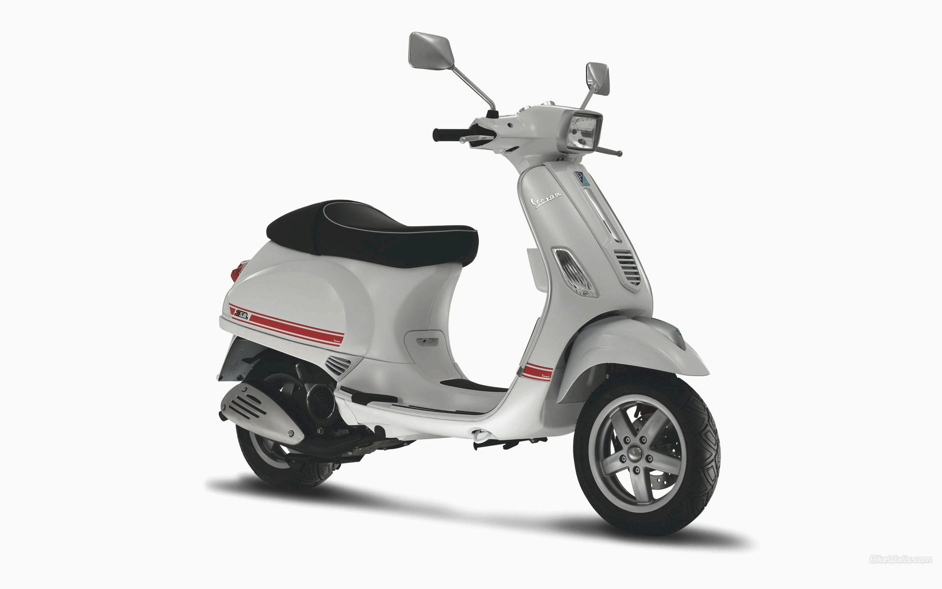 vespa s 125 pics specs and list of seriess by year. Black Bedroom Furniture Sets. Home Design Ideas