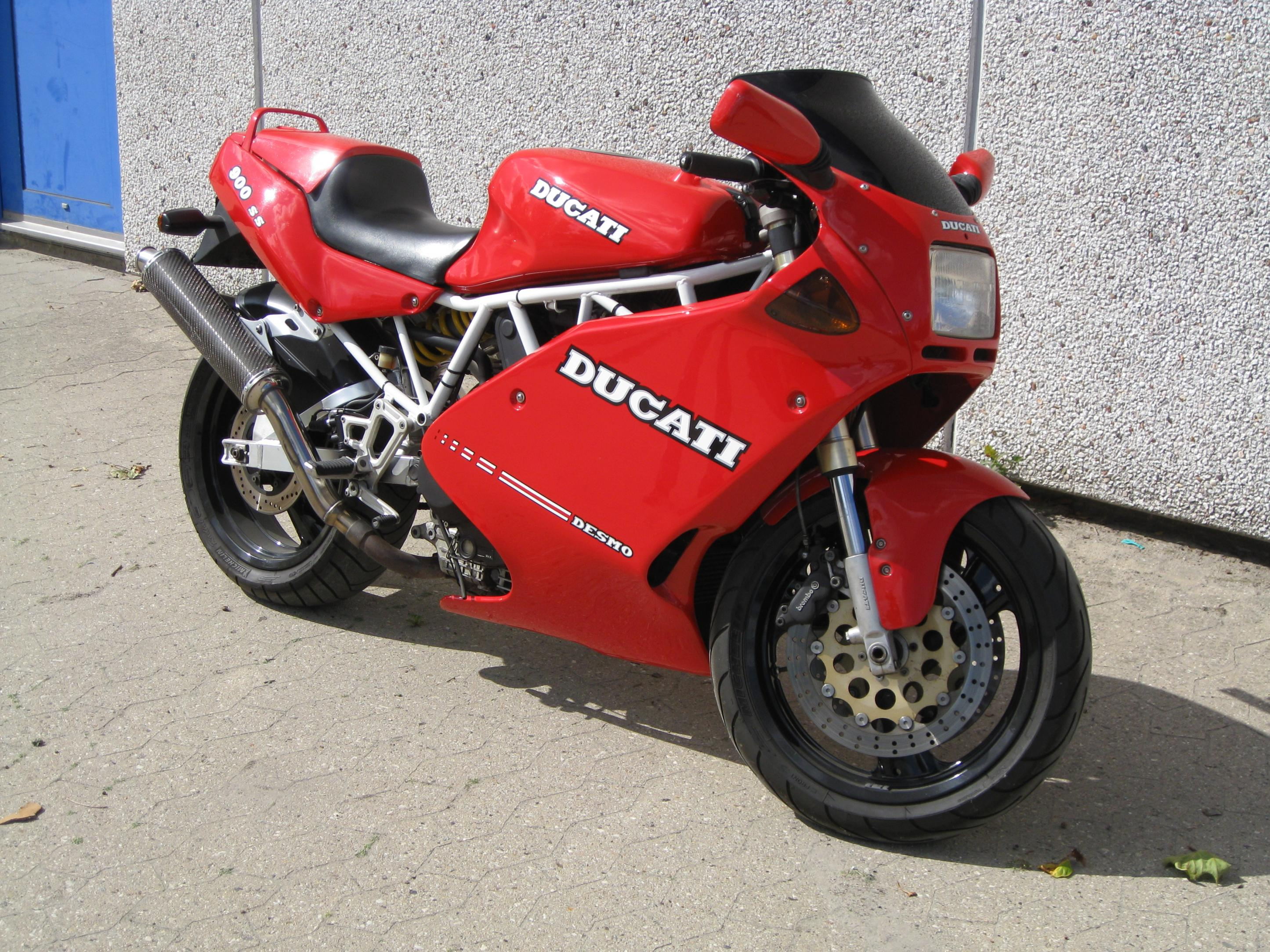 Ducati 900 SS 1993 wallpapers #10783