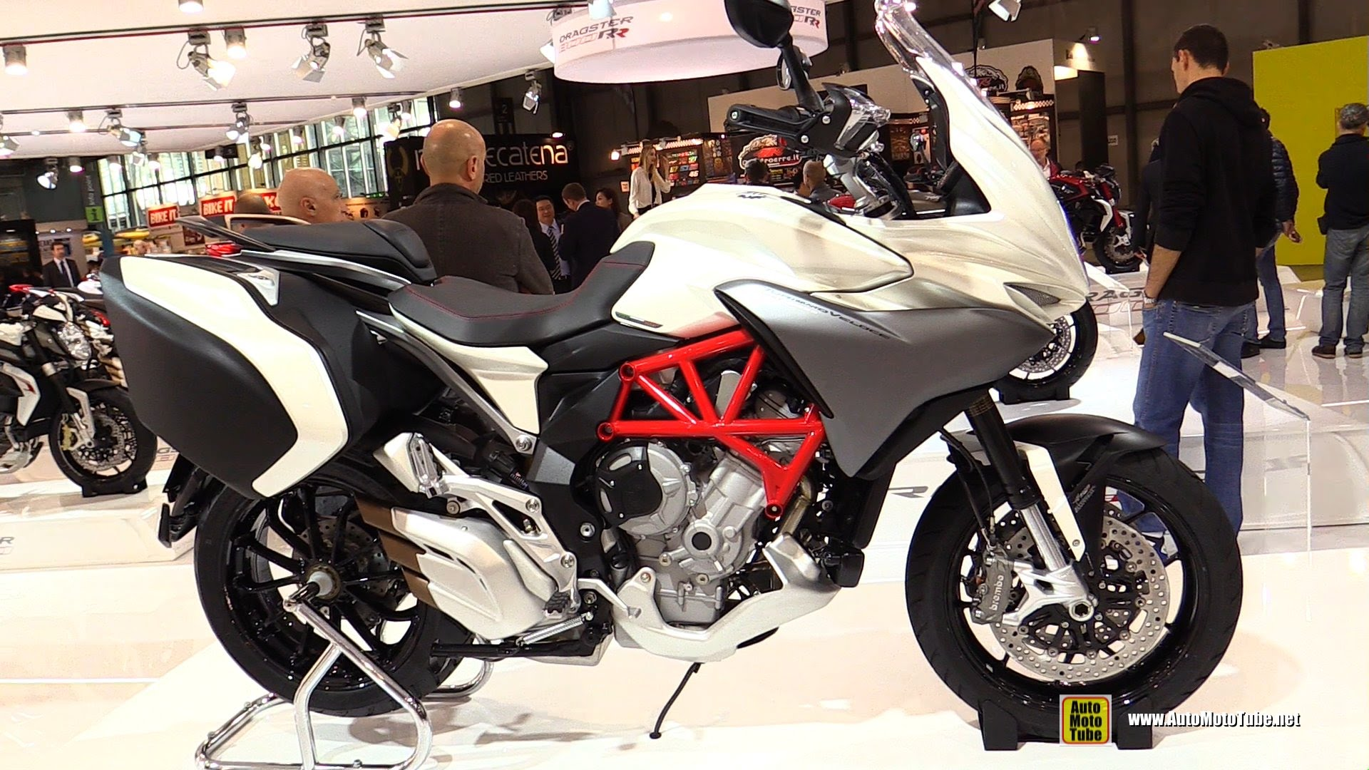 MV Agusta TurismoVeloce Lusso 800 2013 images #117203