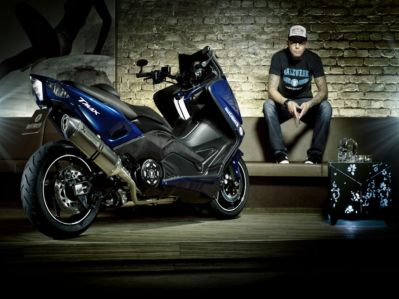 2013 yamaha tmax pics specs and information. Black Bedroom Furniture Sets. Home Design Ideas