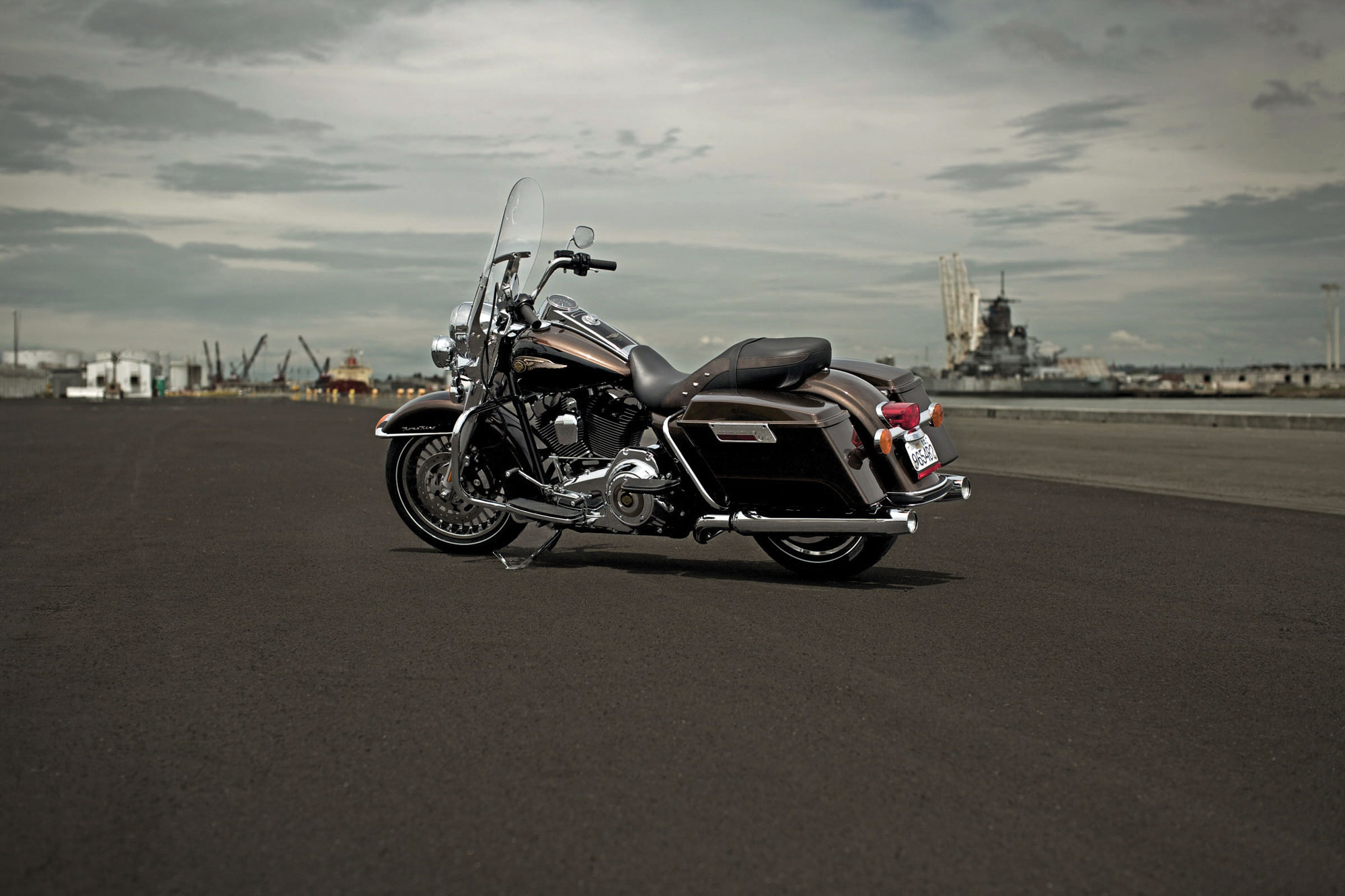 Harley-Davidson FLHR Road King 110th Anniversary 2013 images #81569