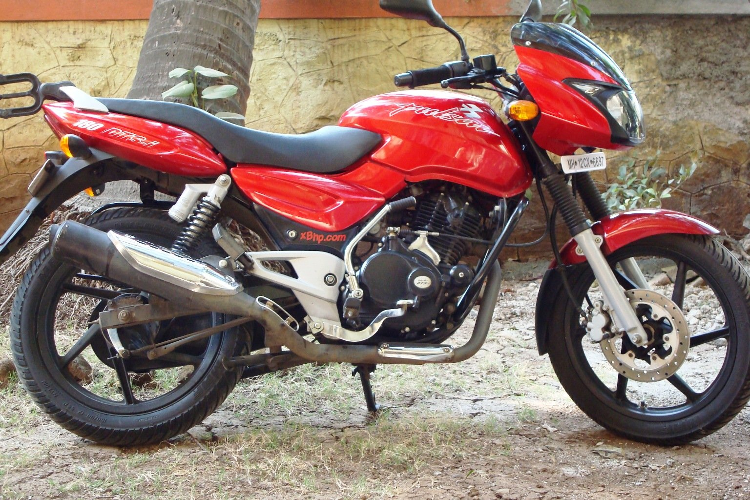 bajaj pulsar 180 dts i pics specs and list of seriess by year