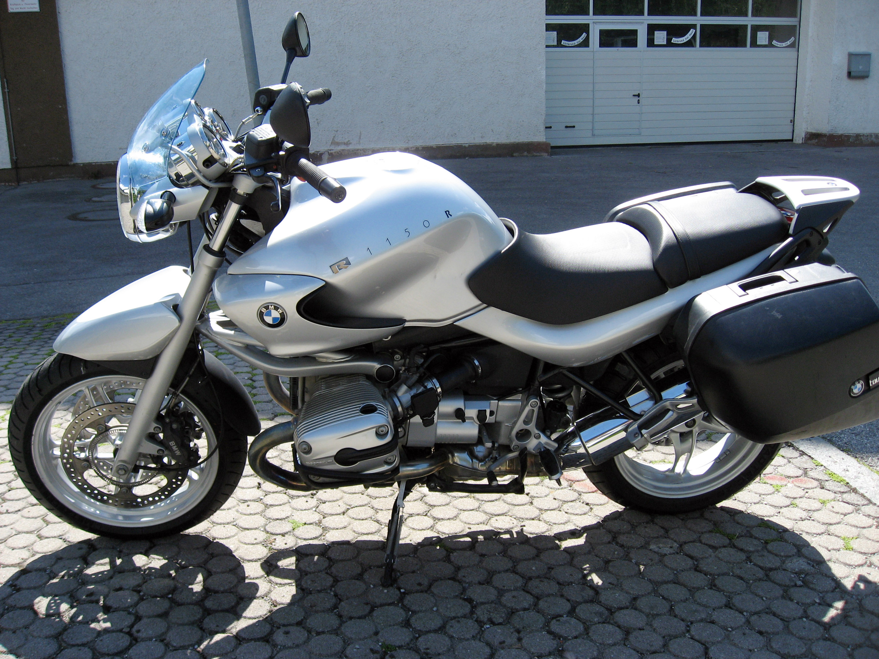 BMW R1150RS 2002 images #7021