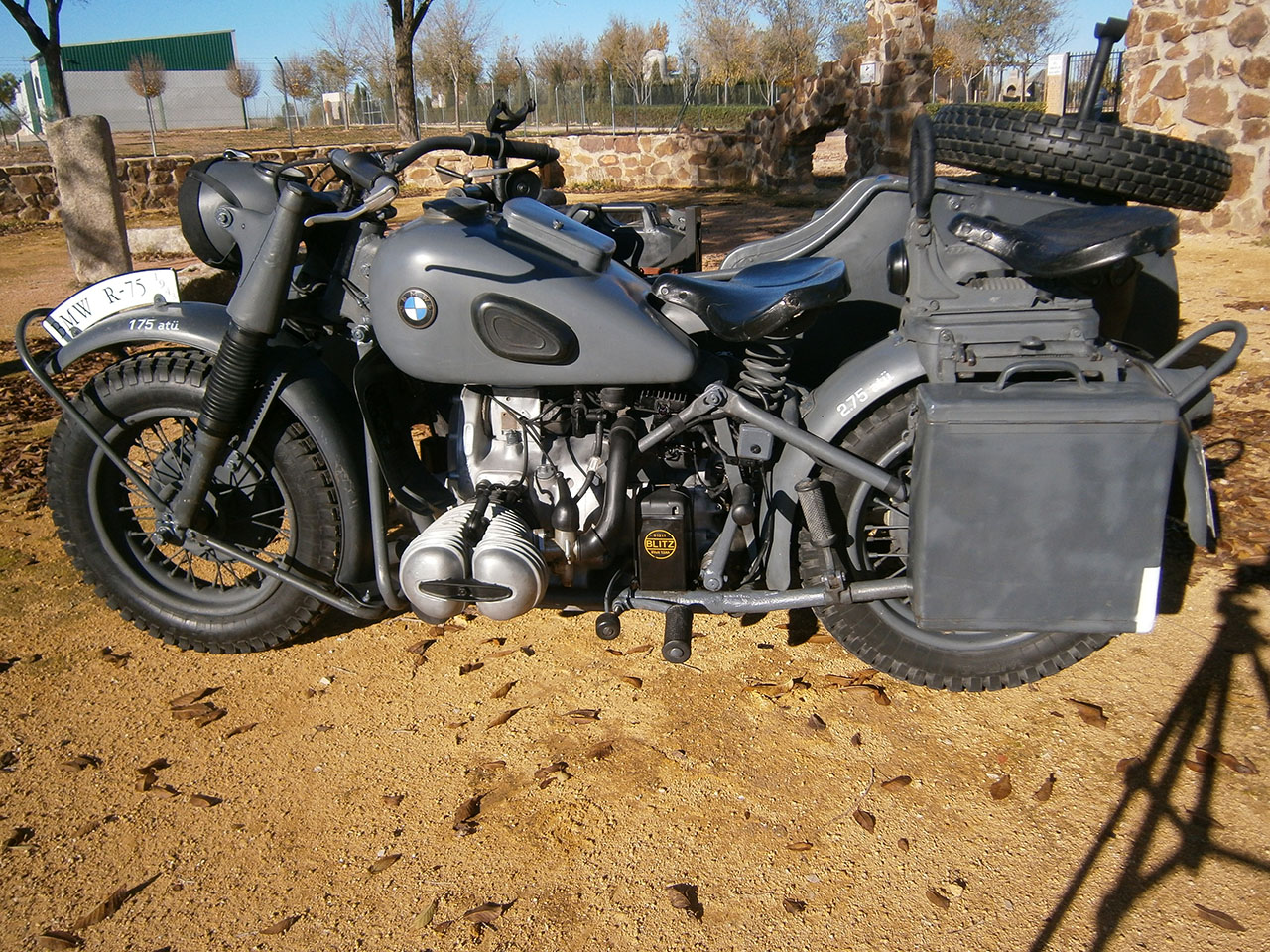 BMW R75 with sidecar 1943 pics #2644