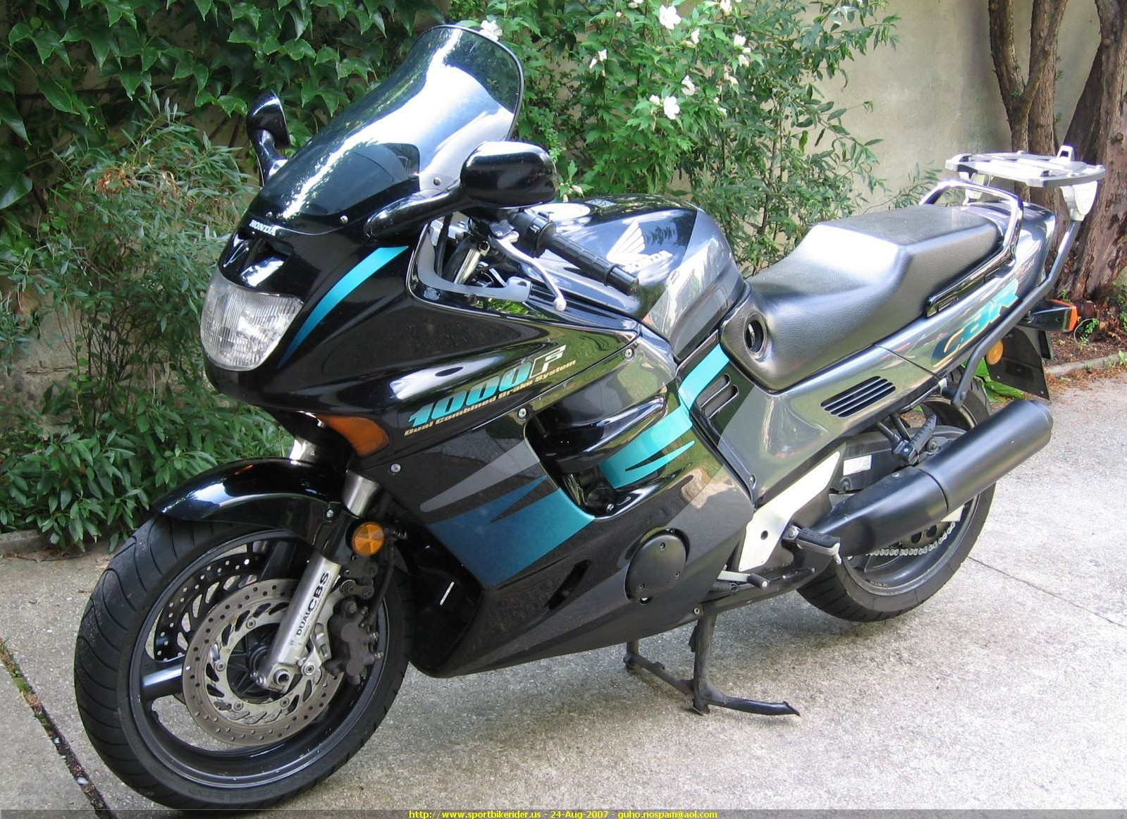 1995 honda cbr 1000 f pics specs and information. Black Bedroom Furniture Sets. Home Design Ideas