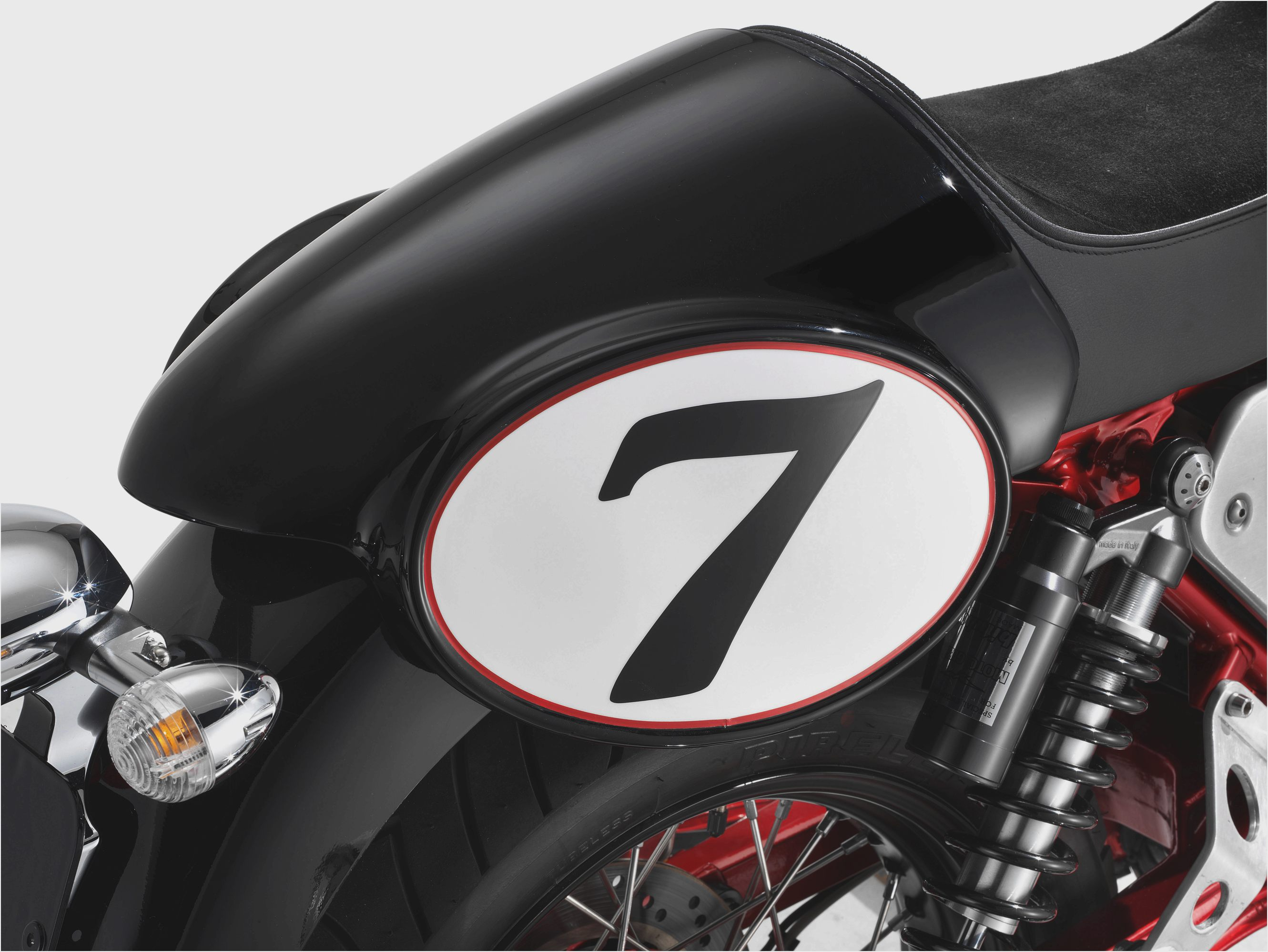 Moto Guzzi V7 Racer Limited Edition 2011 images #109583