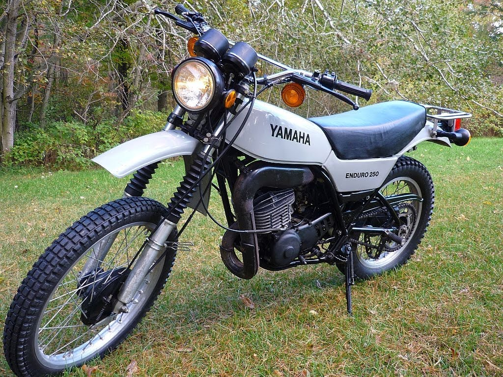 Yamaha DT 250 1973 images #90009