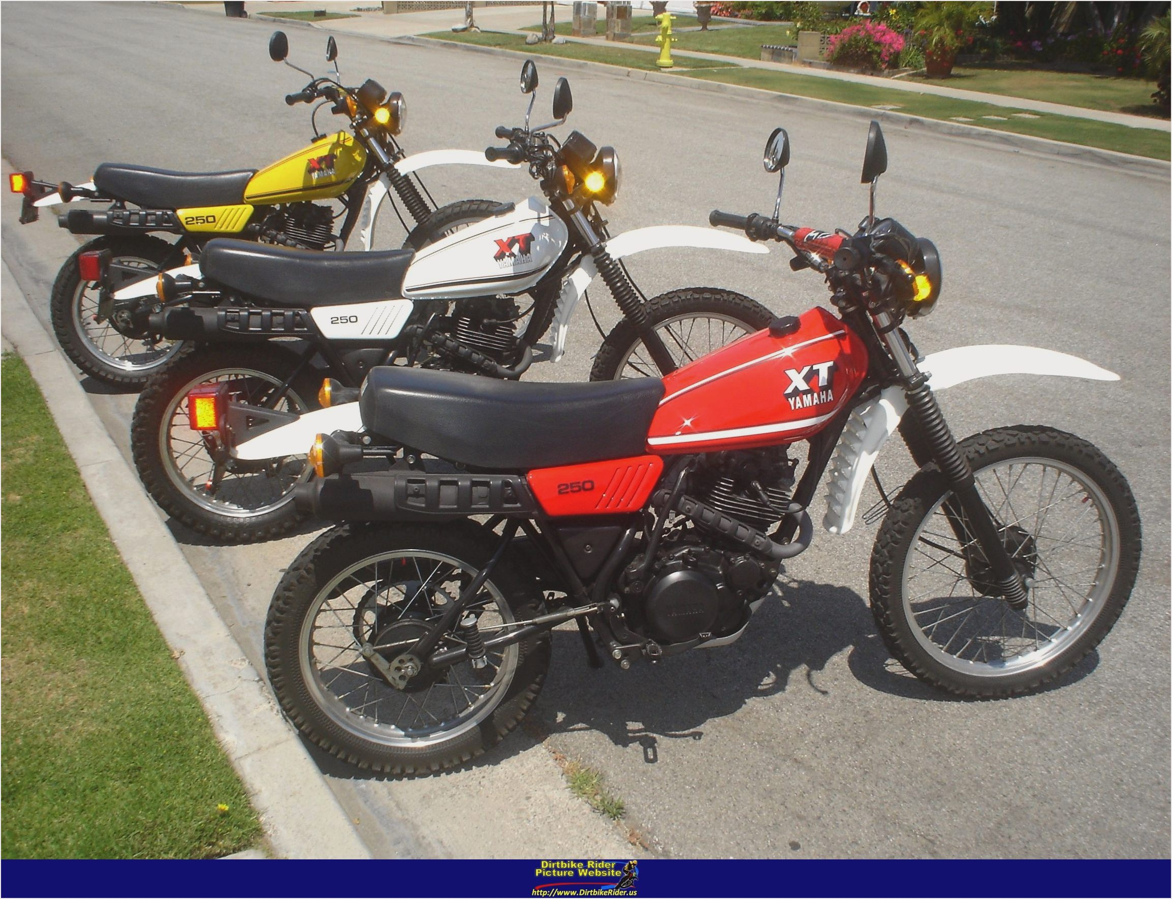 yamaha xt 250 pics specs and list of seriess by year. Black Bedroom Furniture Sets. Home Design Ideas