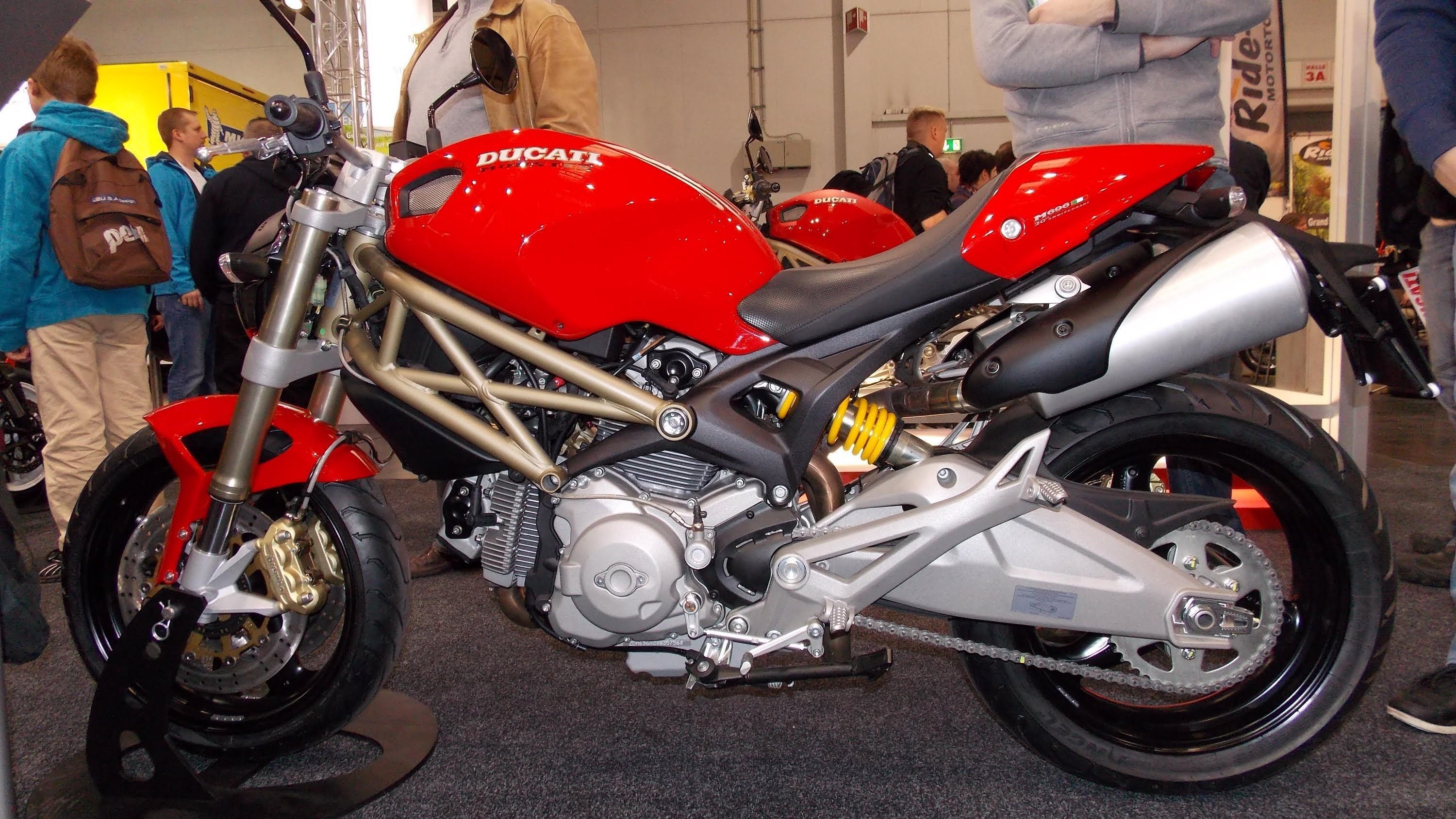Ducati Monster 696 20th Anniversary 2013 wallpapers #26667