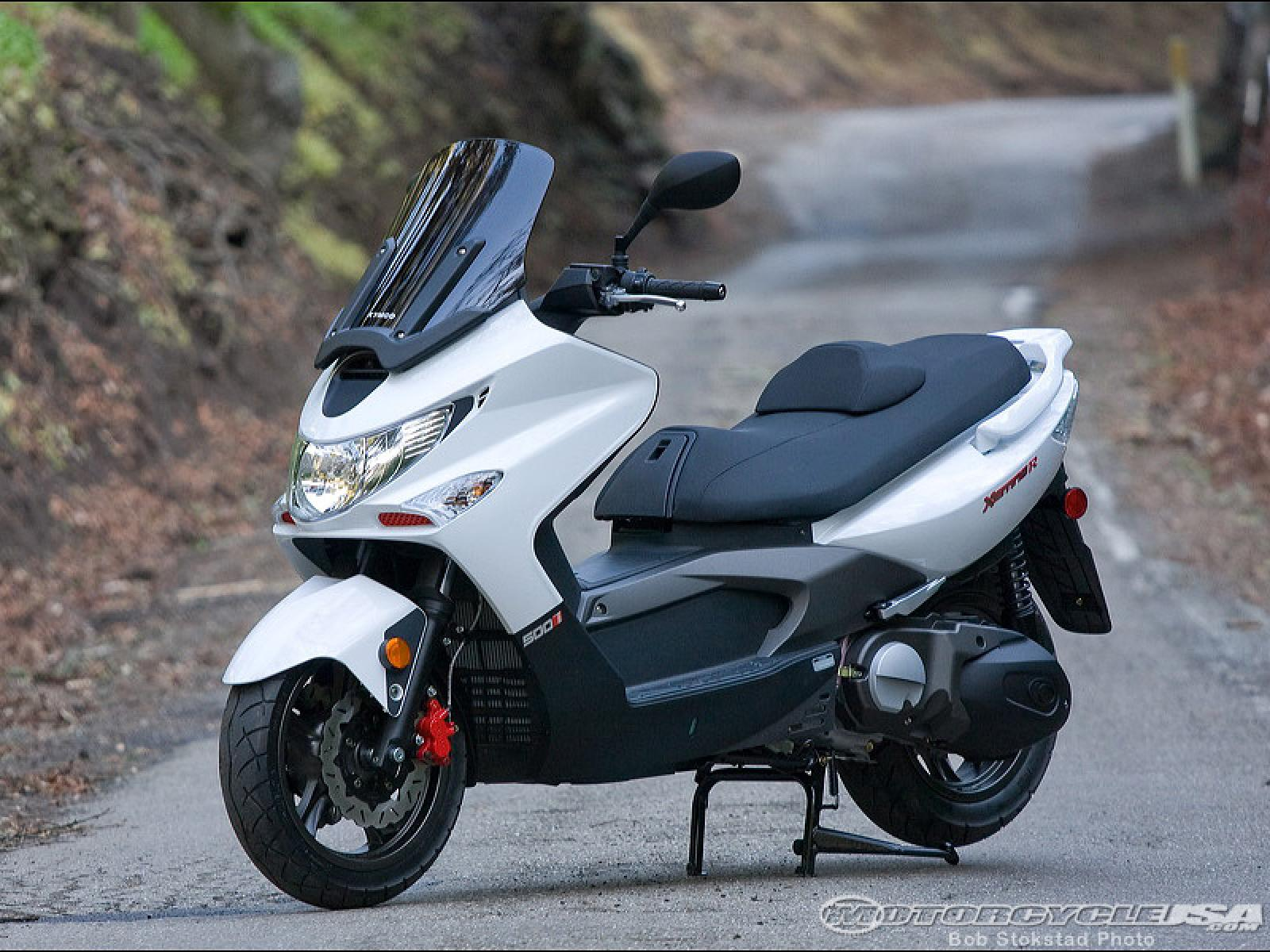 Kymco Xciting 500i 2010 images #101997