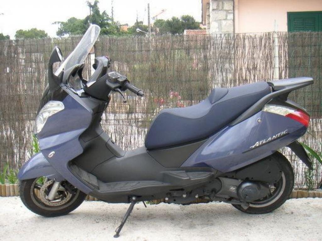 2006 aprilia atlantic 125 pics specs and information. Black Bedroom Furniture Sets. Home Design Ideas