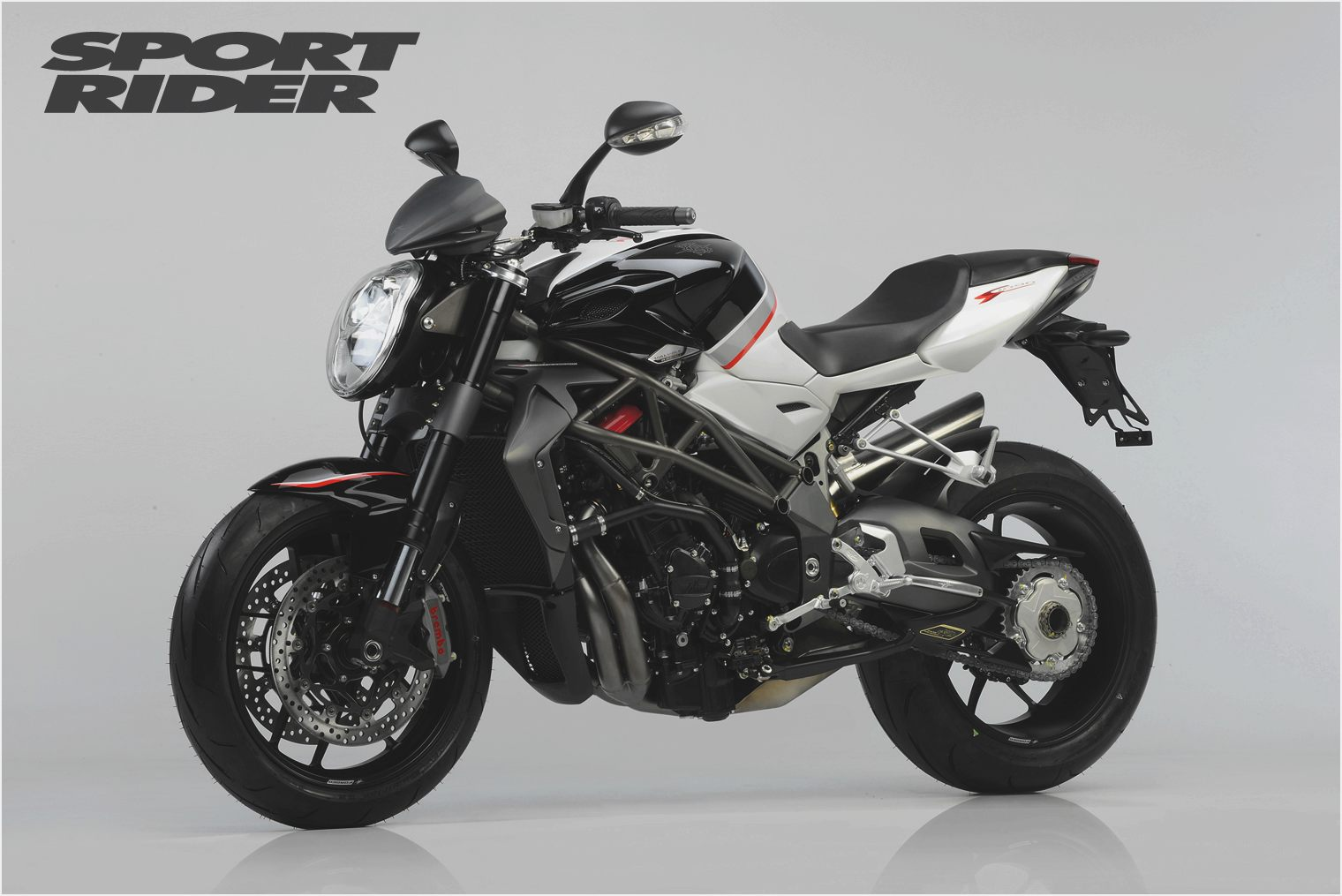 MV Agusta Brutale 1090RR Cannonball 2010 images #114426