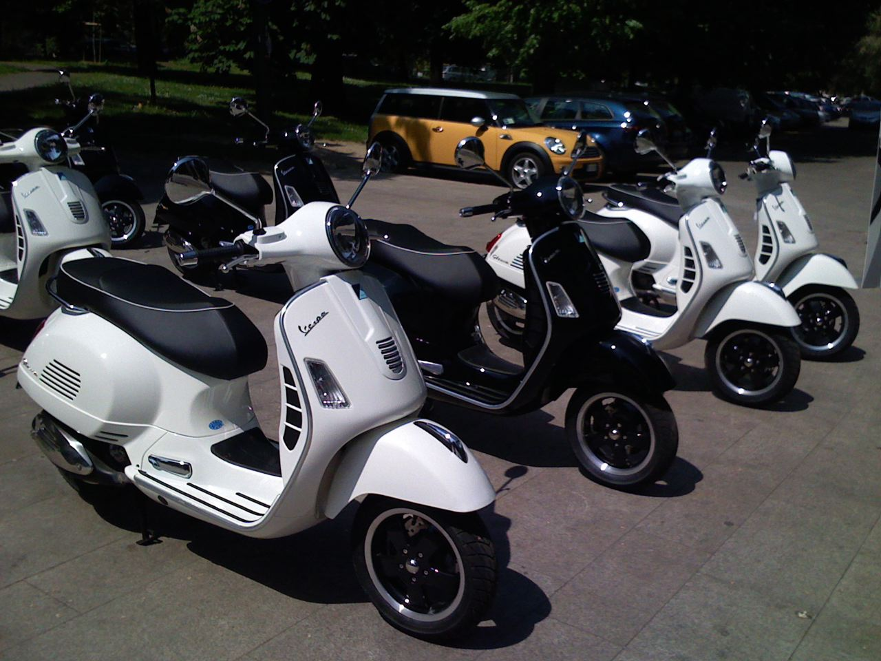 Vespa GTS 125 2008 wallpapers #131908