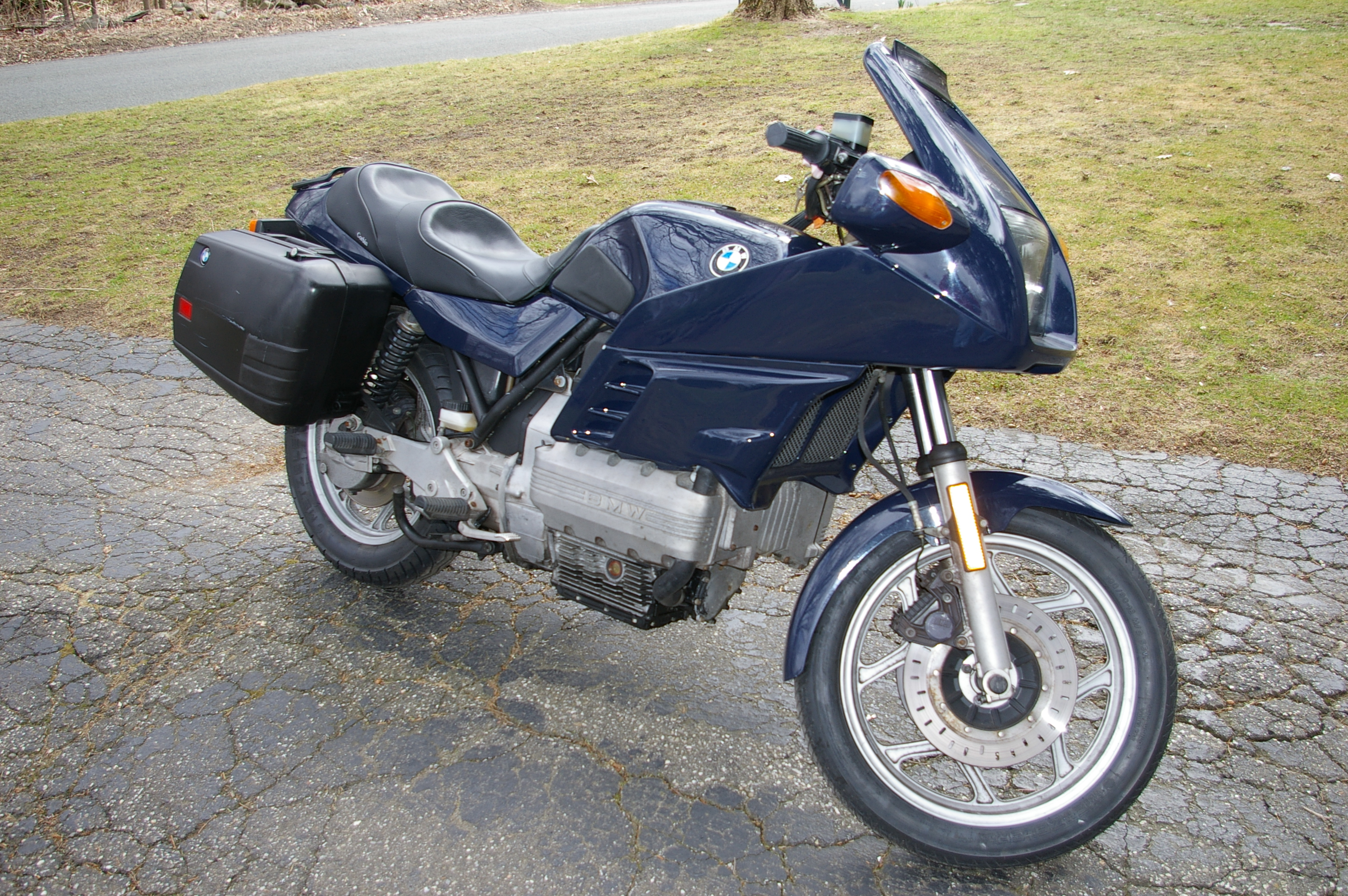 1985 bmw k100 pics specs and information. Black Bedroom Furniture Sets. Home Design Ideas