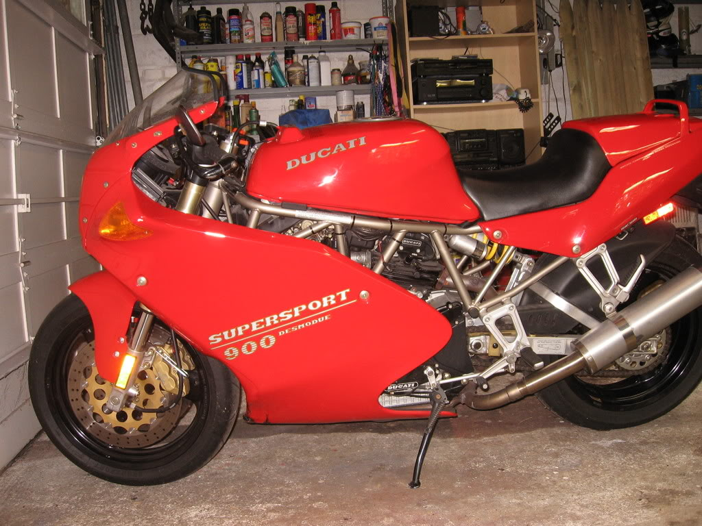 Ducati 900 SS 1993 wallpapers #10788