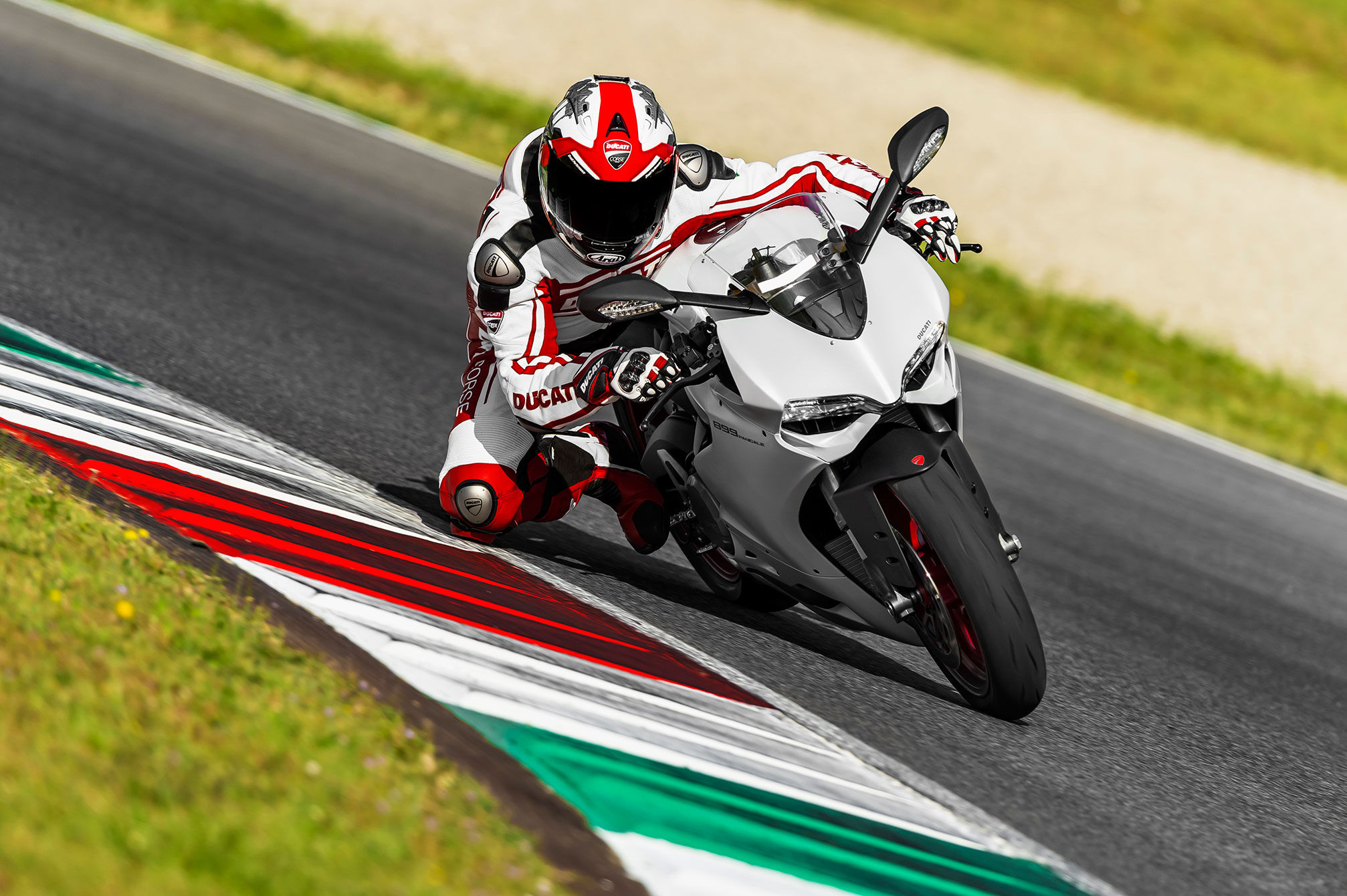 Ducati Superbike 899 Panigale 2014 wallpapers #13570