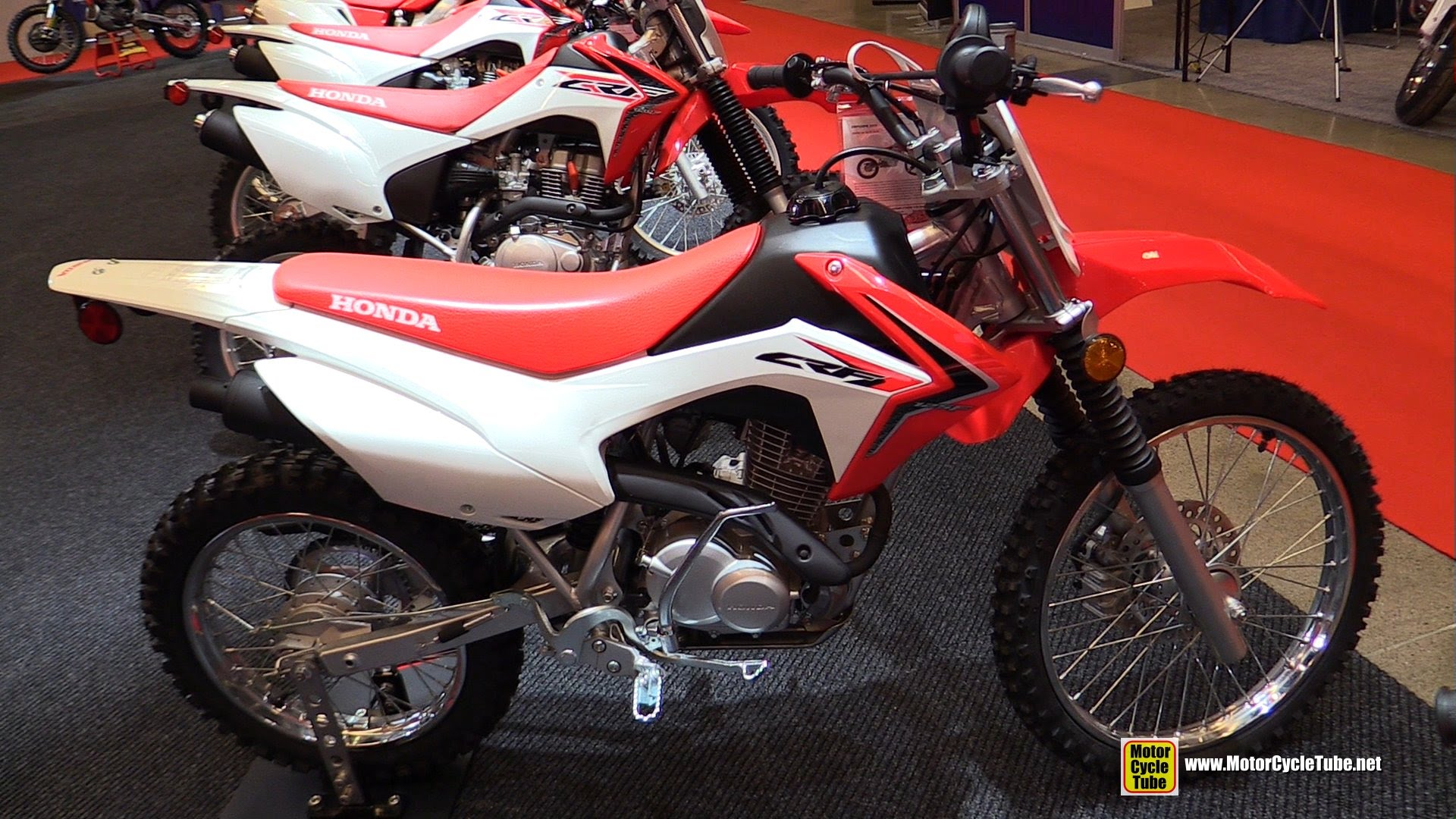 honda 125 crf honda crf 125 f pics specs and list of. Black Bedroom Furniture Sets. Home Design Ideas