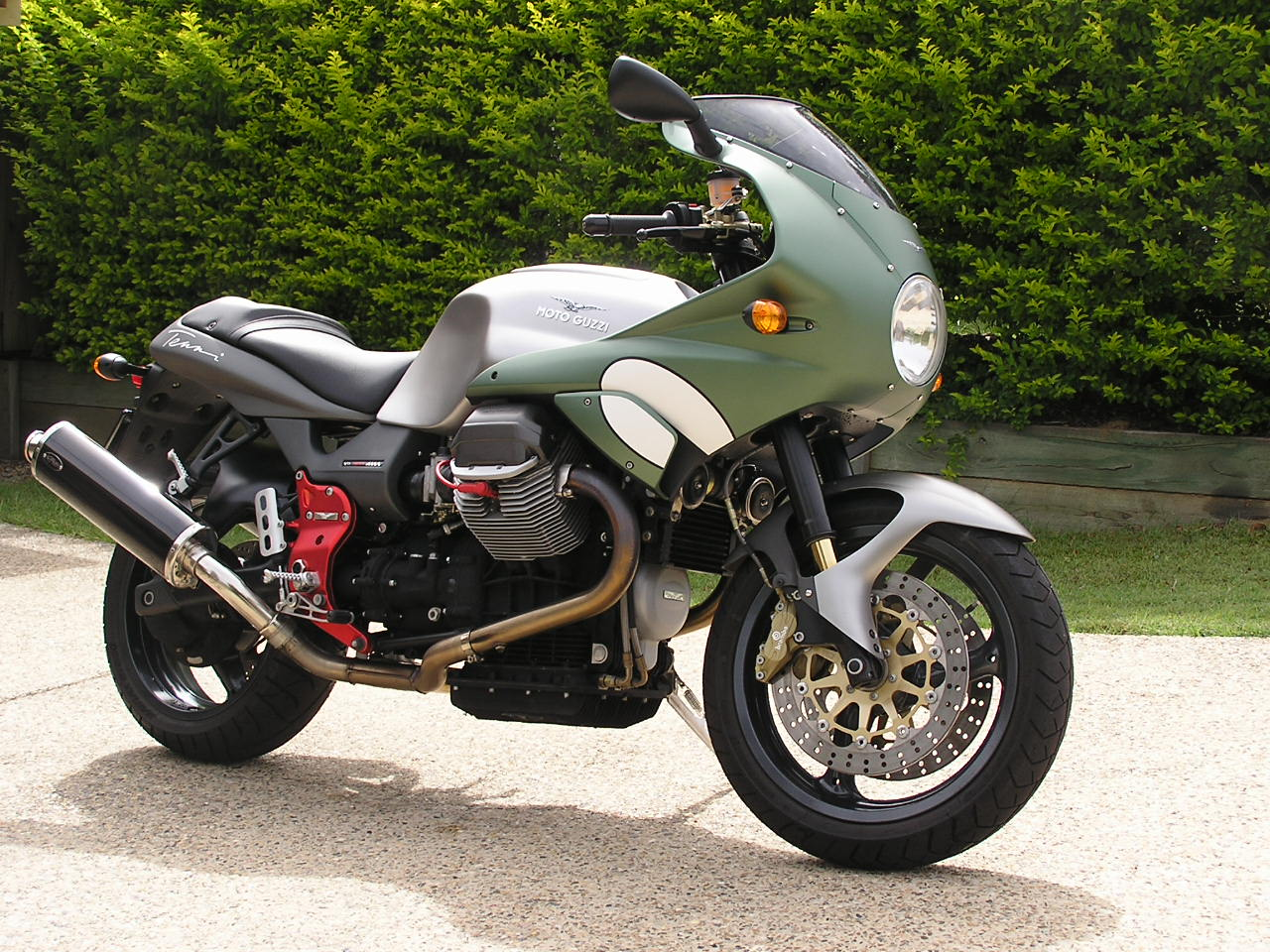 Moto Guzzi V11 Le Mans Nero Corsa 2004 wallpapers #160865