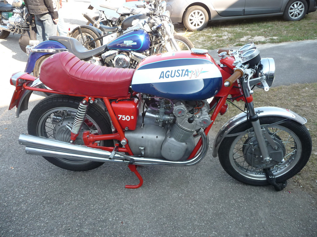 MV Agusta 750 S 1972 images #113247