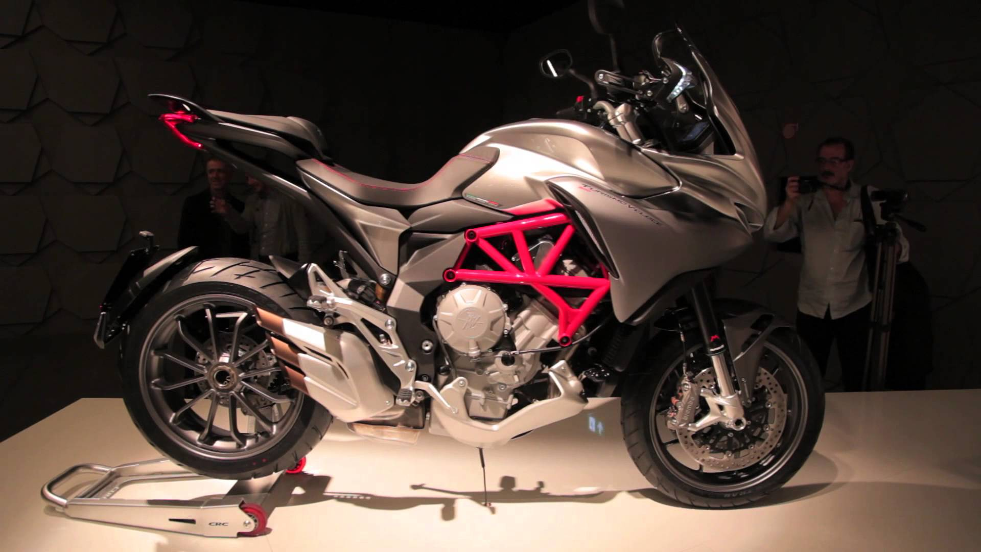 MV Agusta TurismoVeloce Lusso 800 2013 images #117208
