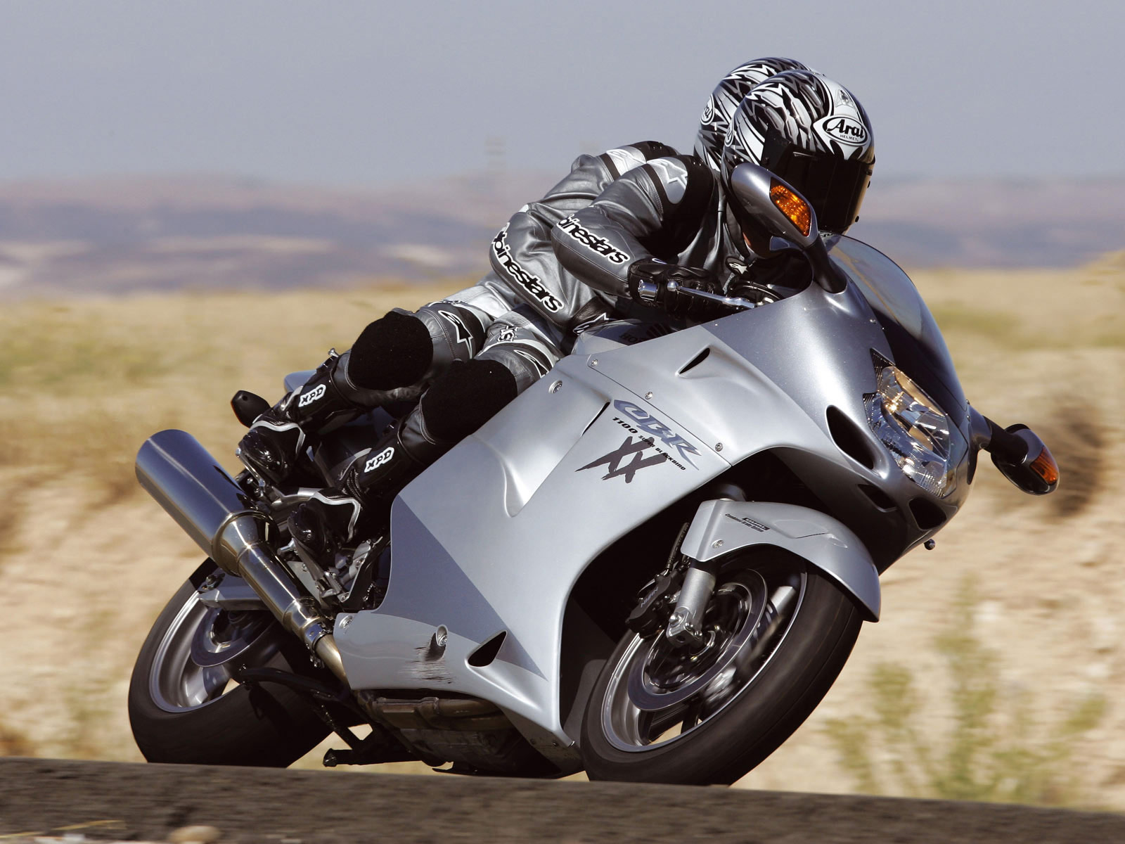 Honda CBR 1100 XX 2002 wallpapers #174255