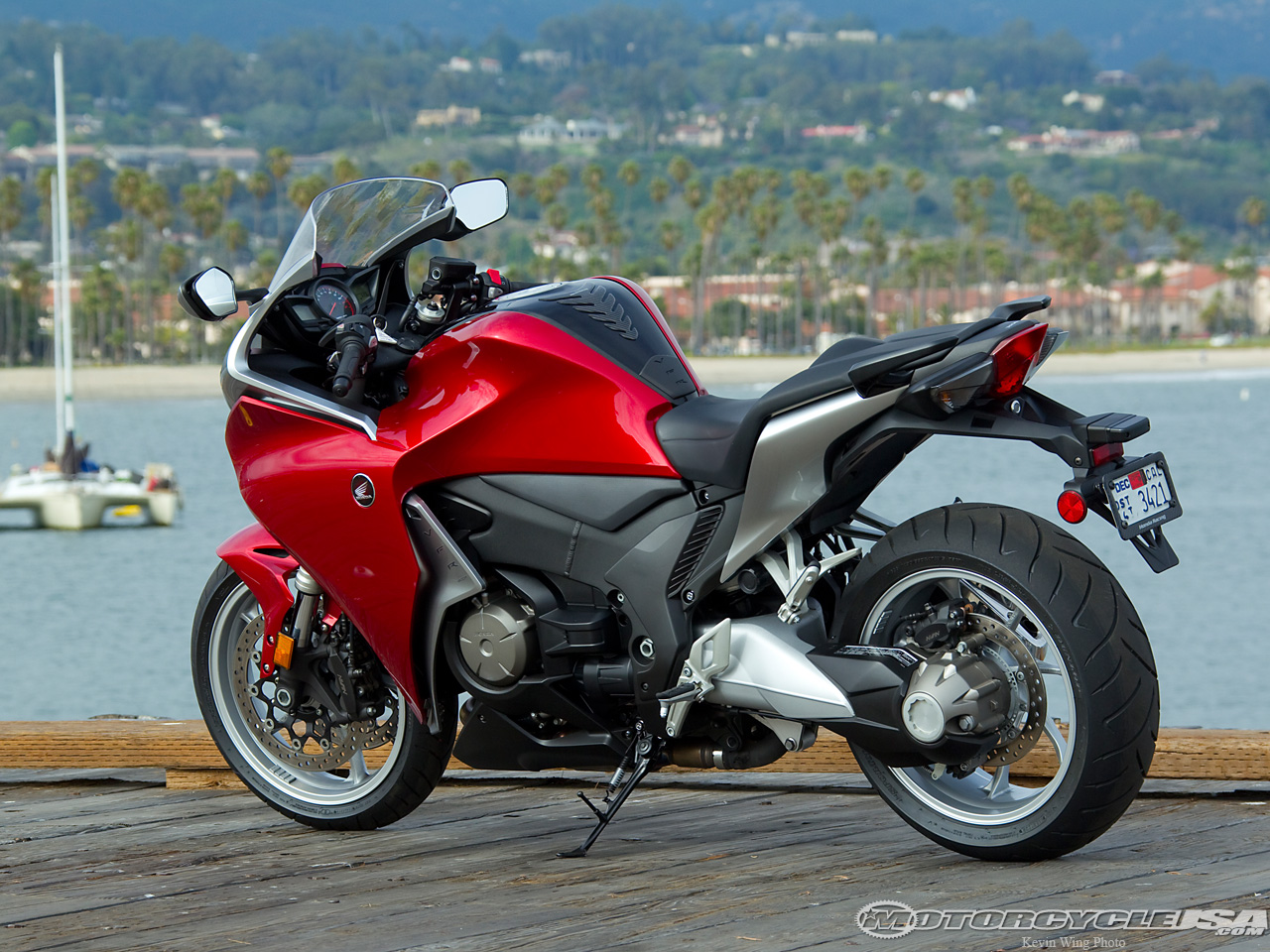 2013 honda vfr 1200 f pics specs and information. Black Bedroom Furniture Sets. Home Design Ideas