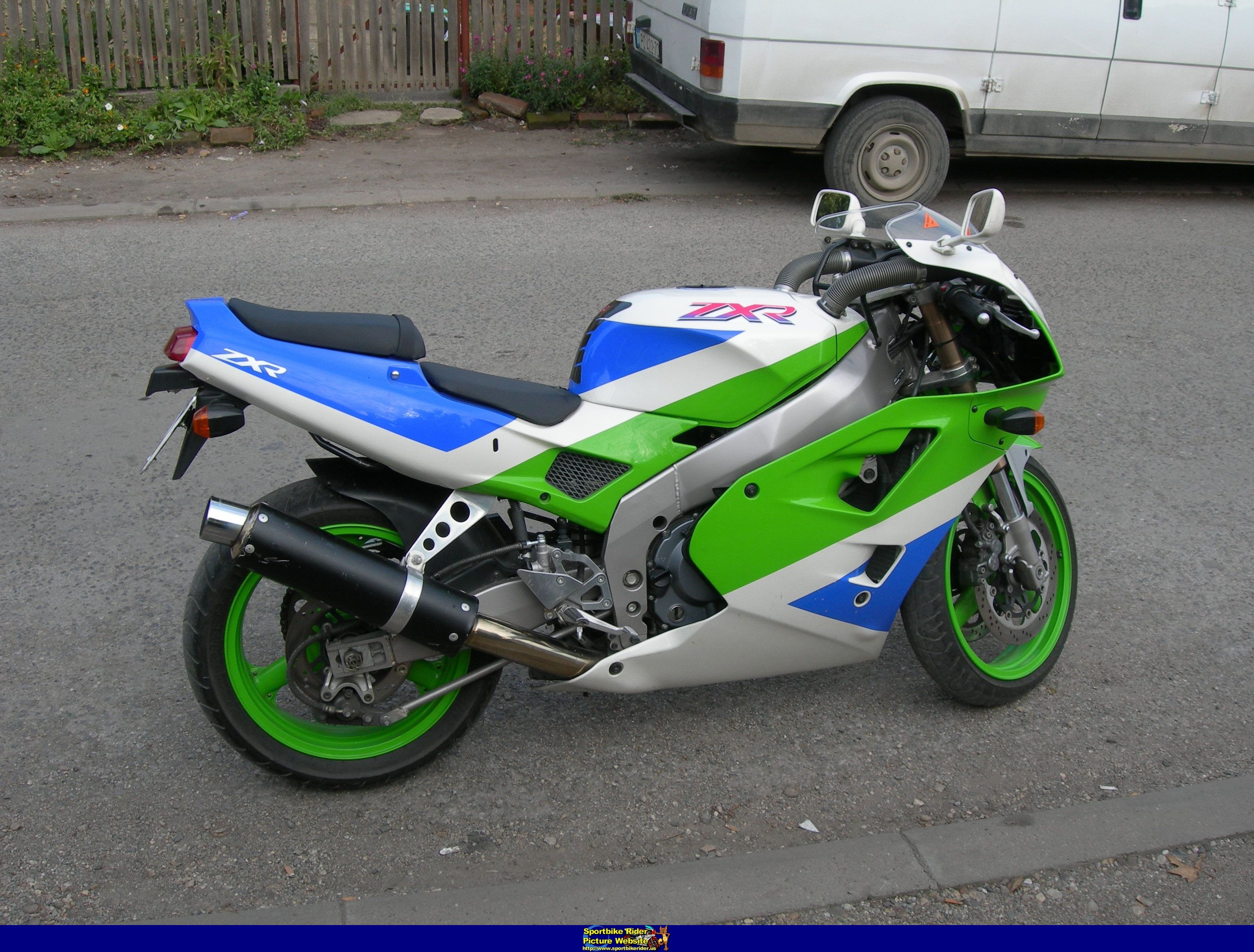 2001 Kawasaki Zxr 400  Pics  Specs And Information